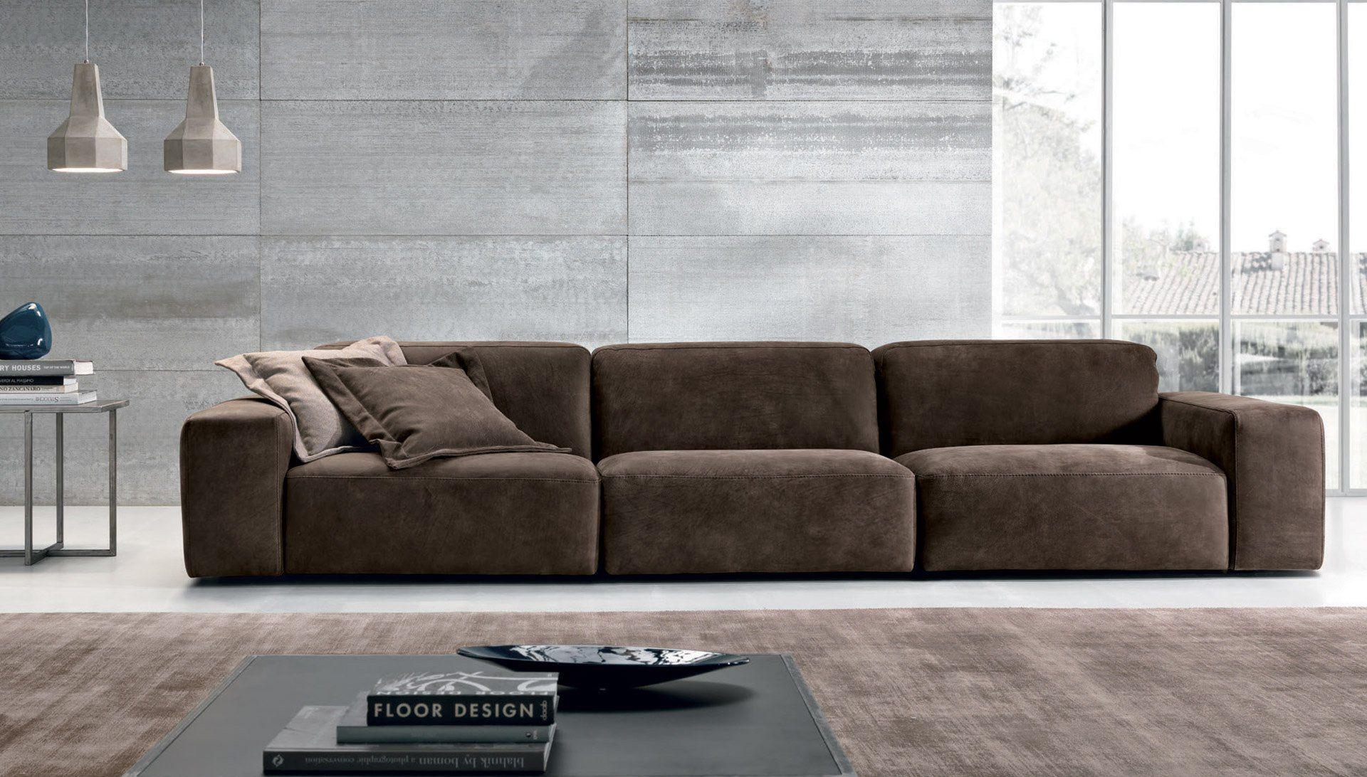 Bazar divano in pelle collezione bazar by max divani for Made divani