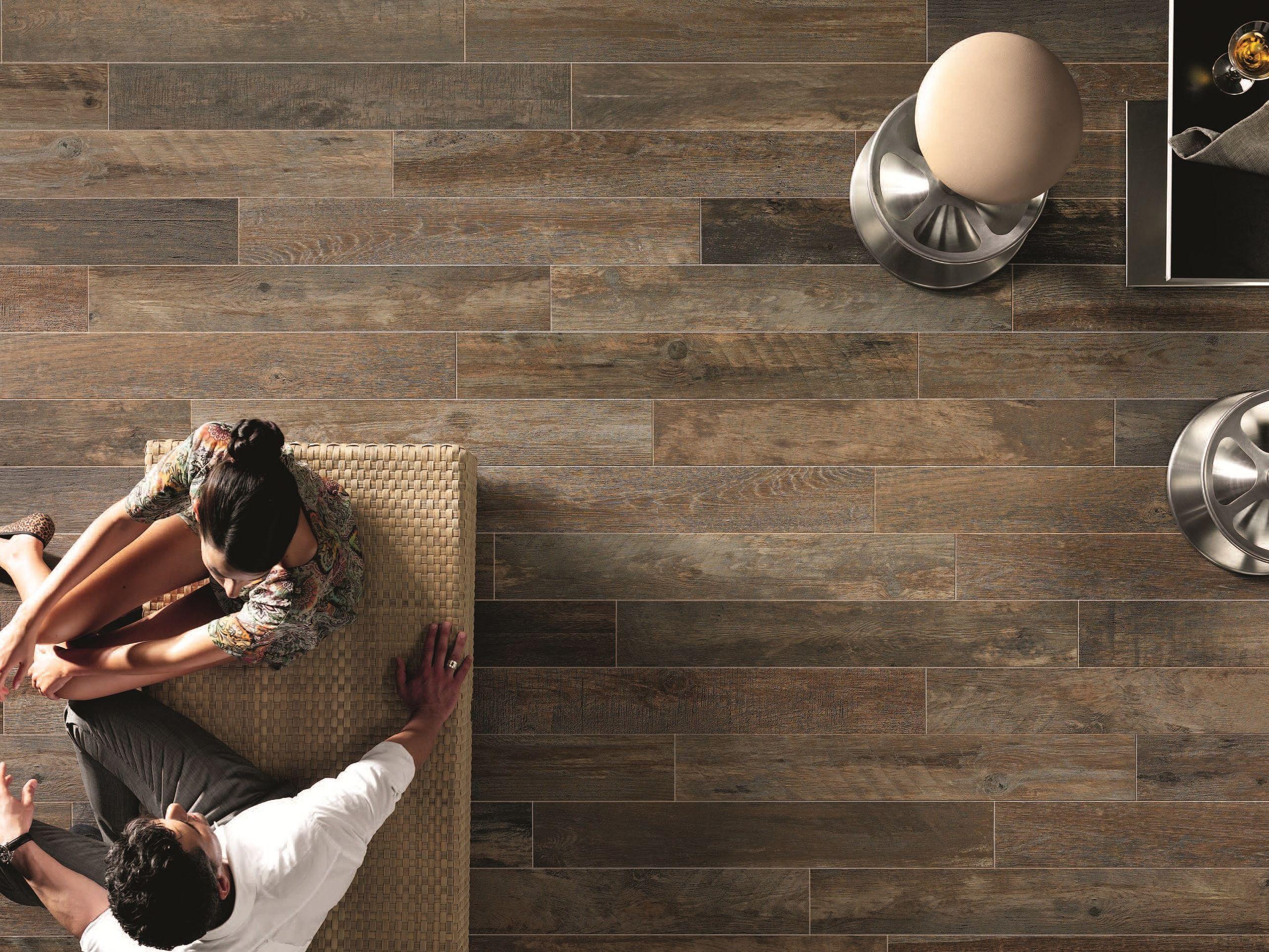 Pavimento/rivestimento in gres porcellanato effetto legno boards ...