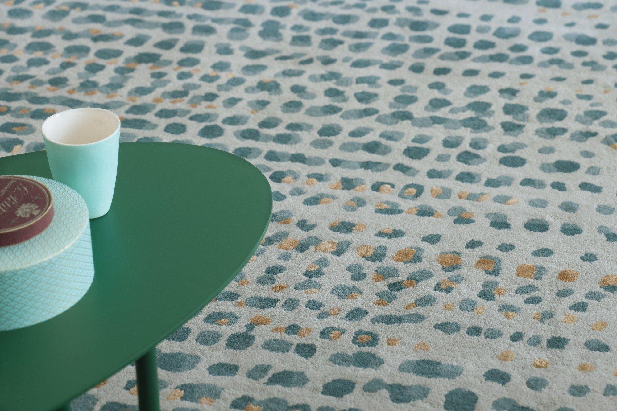 tapis motifs fait main rectangulaire brume by toulemonde bochart. Black Bedroom Furniture Sets. Home Design Ideas