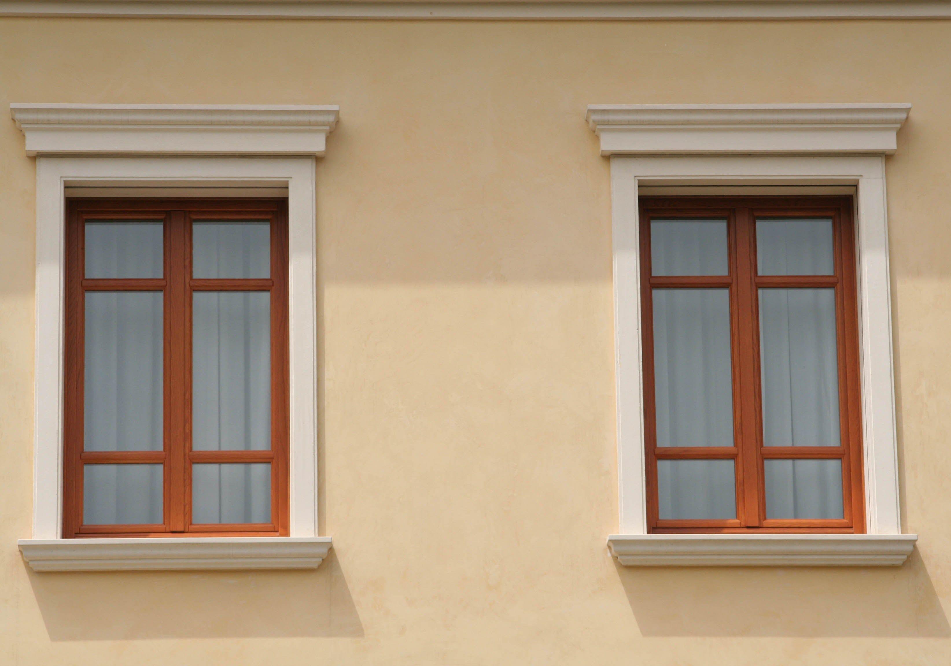 Cornici x finestre esterne - Decori per finestre esterne ...