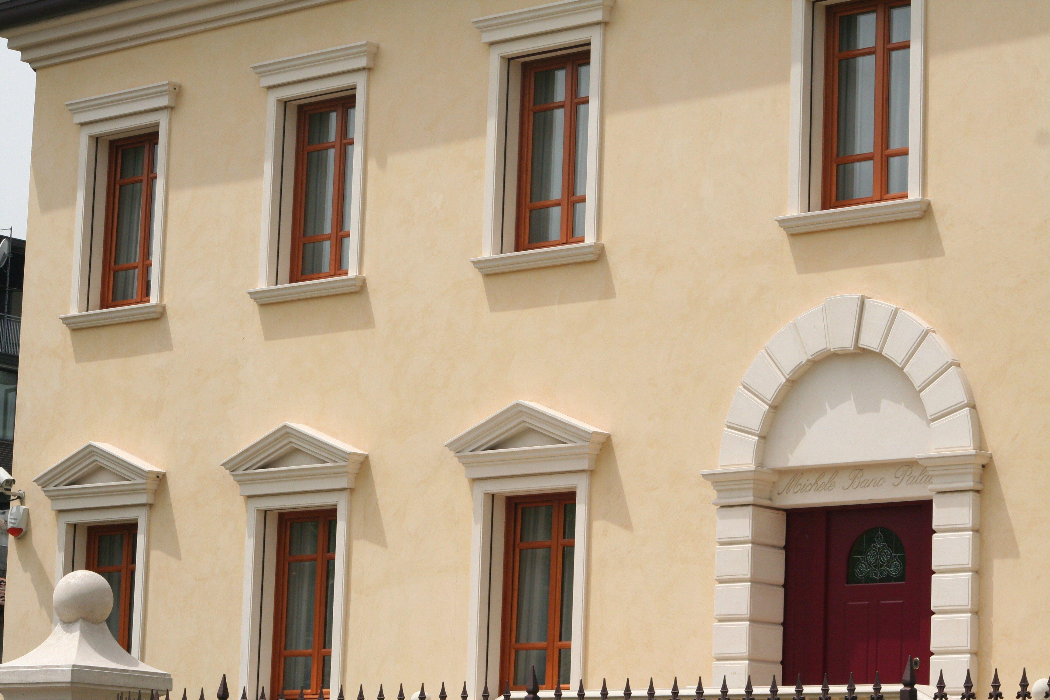 Cornici contorni per finestre by eleni for Cornici polistirolo