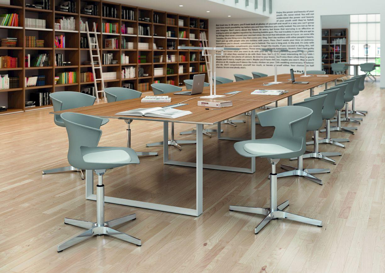 Cove chair with 4 spoke base cove collection by for Quadrifoglio arredo ufficio