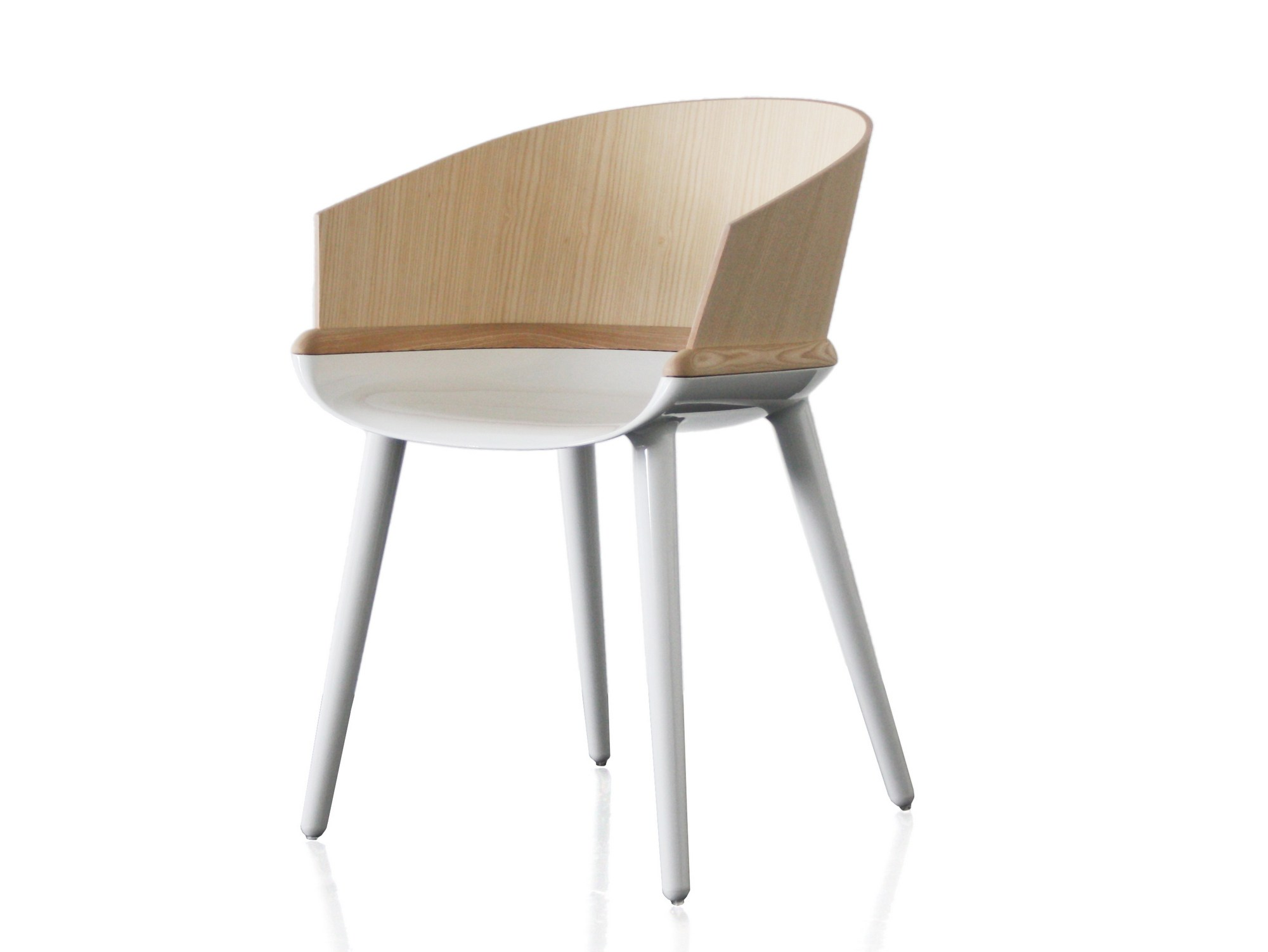 Multi layer wood chair with armrests cyborg ply cyborg for Magis chair