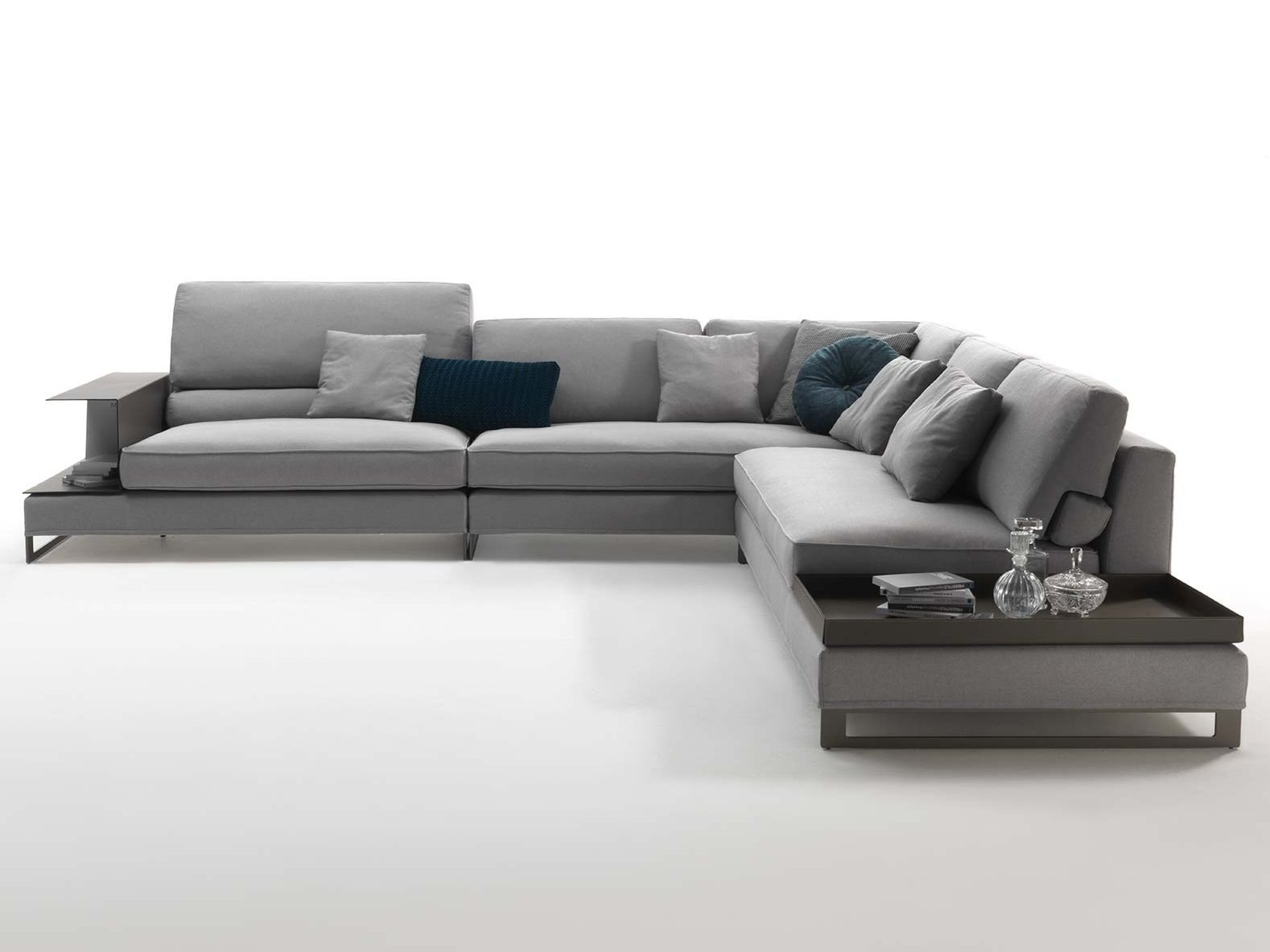 Sled base sectional fabric sofa DAVIS CASE by FRIGERIO ...