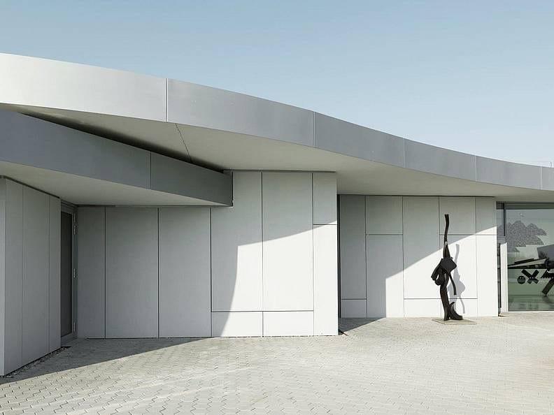 Revestimiento de pared de hormig n reforzado con fibra - Revestimiento de pared exterior ...