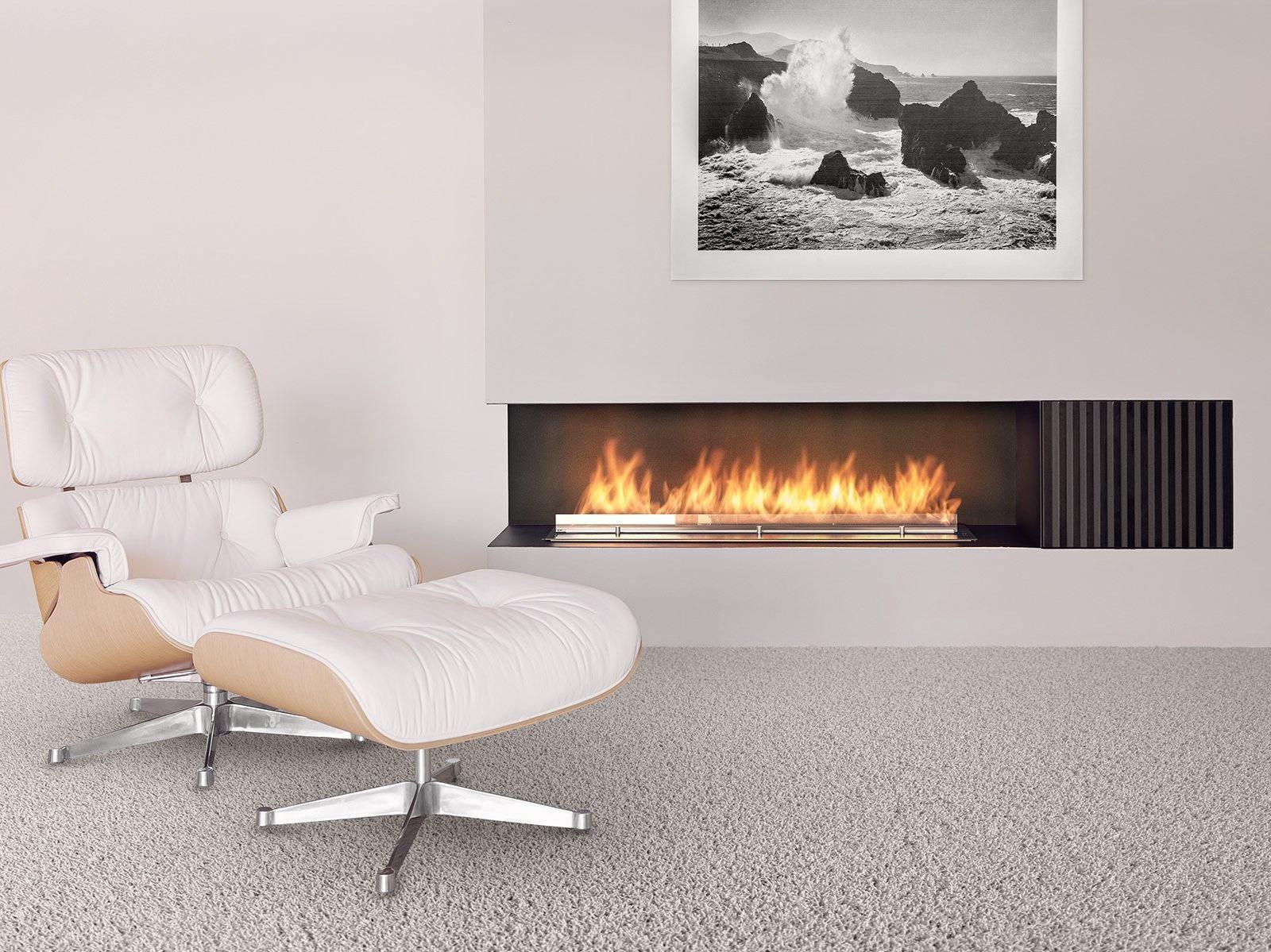 Smart Fireplace Insert With External Fuel Tank Fire Line