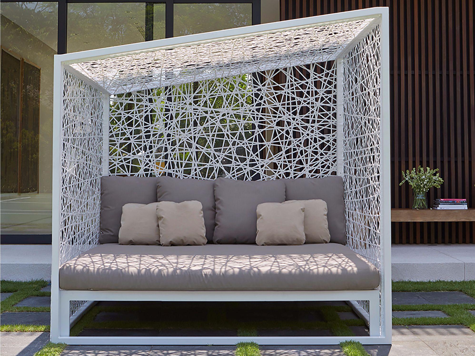 Letto da giardino matrimoniale a igloo geometric for Letto giardino