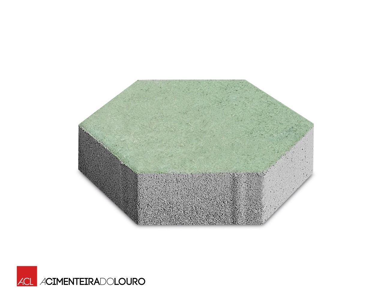 Hexagonal pavimento per esterni by a cimenteira do louro for Pavimento ceramico hexagonal