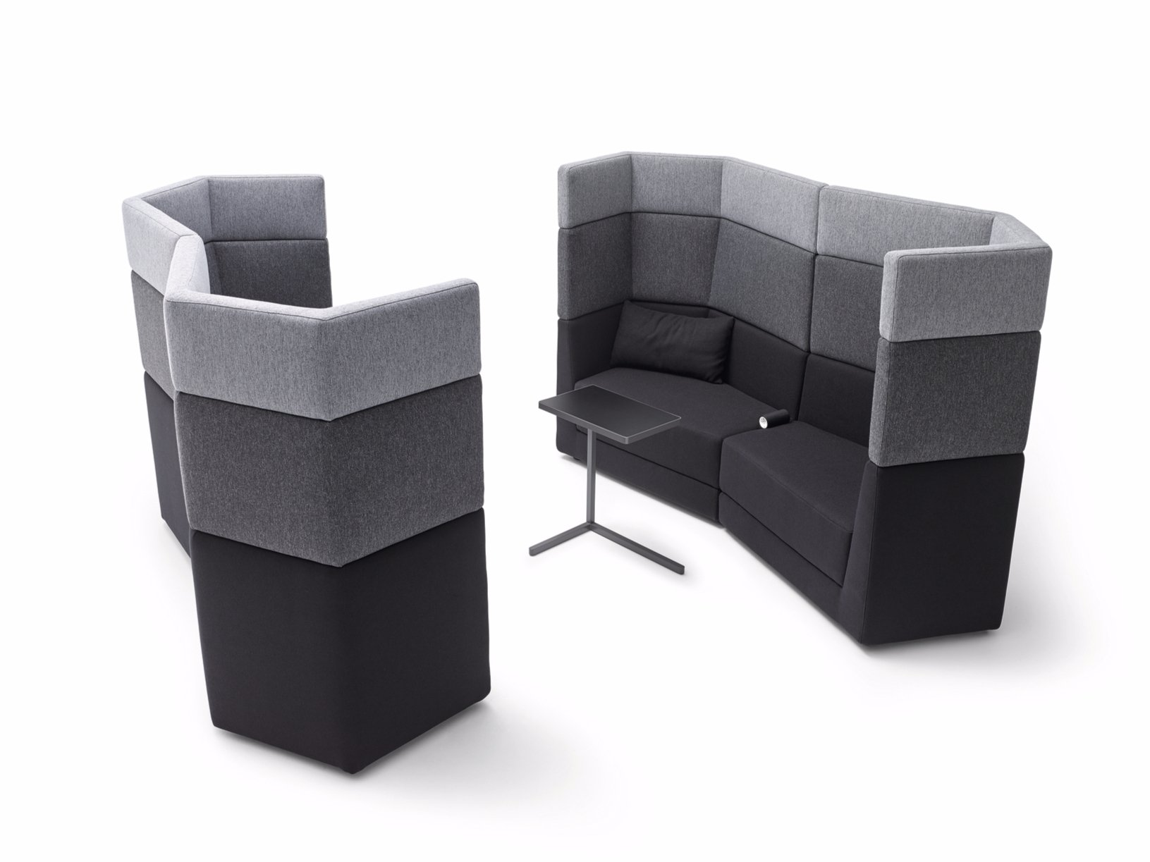 sofa aus stoff mit hoher r ckenlehne kollektion scope by. Black Bedroom Furniture Sets. Home Design Ideas