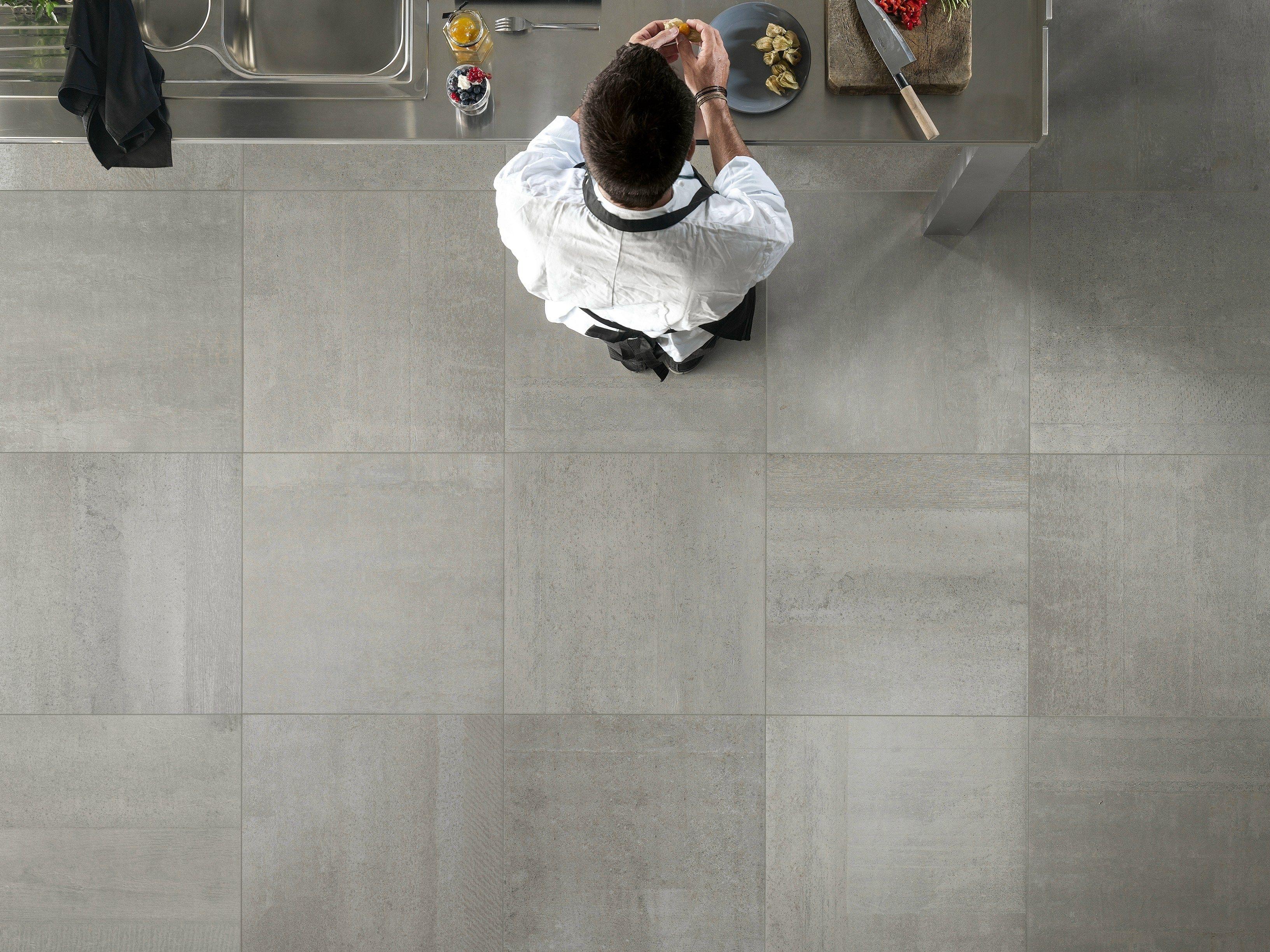 Pavimenti Sottili Jogja : Pavimento effetto tessuto grigio: gres porcellanato metallo