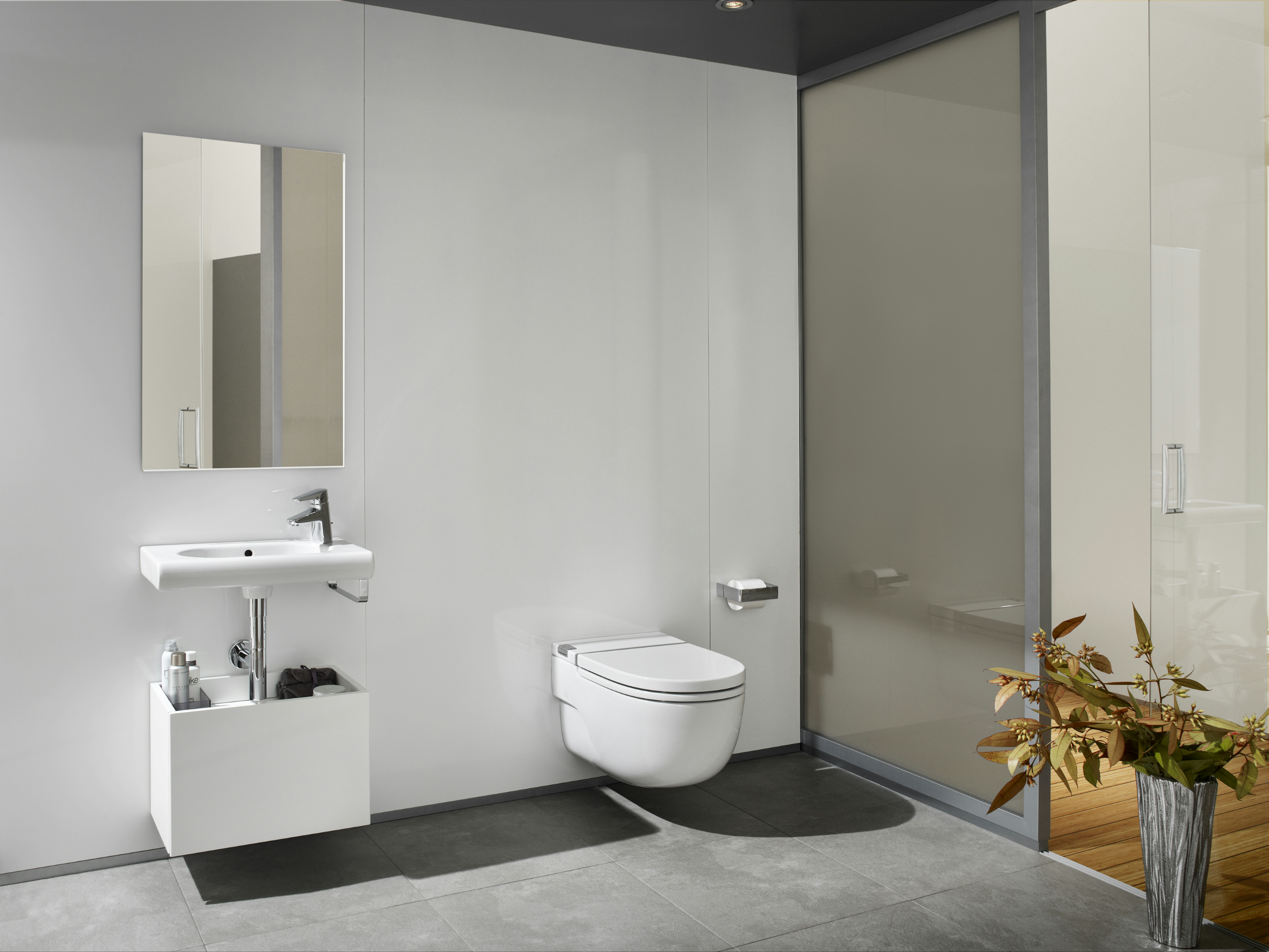 In tank meridian wall hung toilet new meridian collection for Wc roca meridian