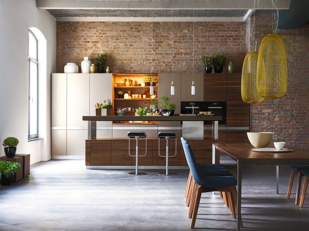 k che aus massivem holz mit k cheninsel k7 by team 7 nat rlich wohnen design kai stania. Black Bedroom Furniture Sets. Home Design Ideas