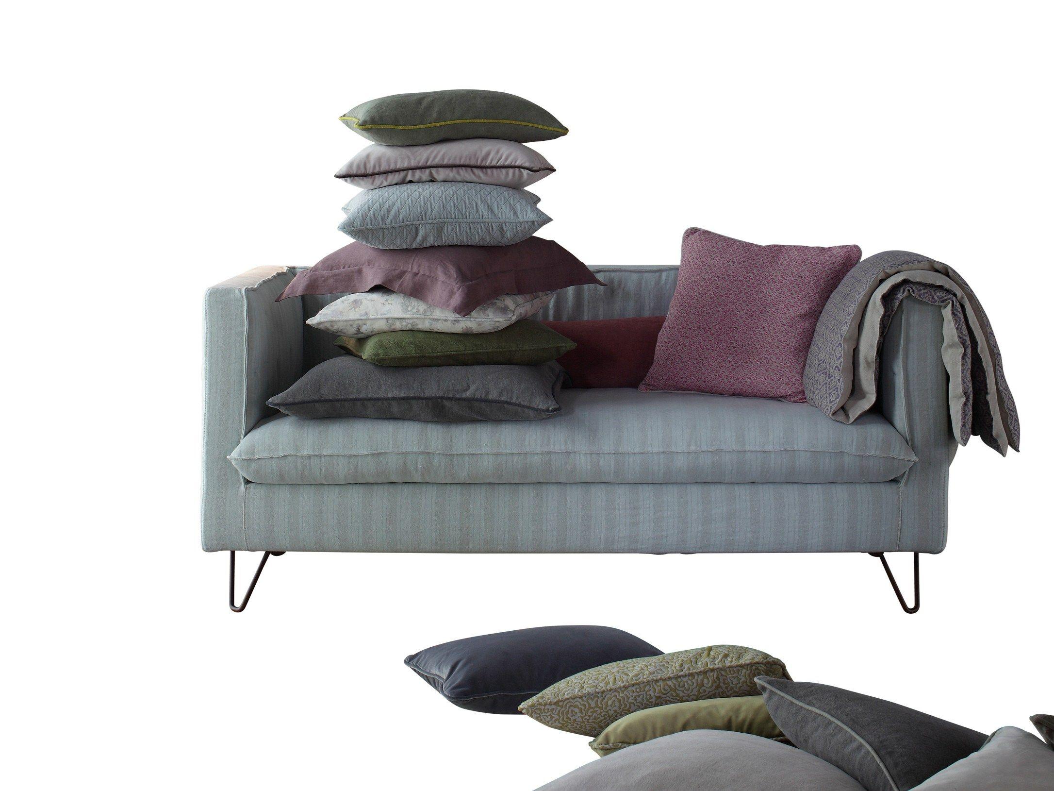 Fabric small sofa louis xiv by twils design silvia prevedello - Louis xiv sofa ...