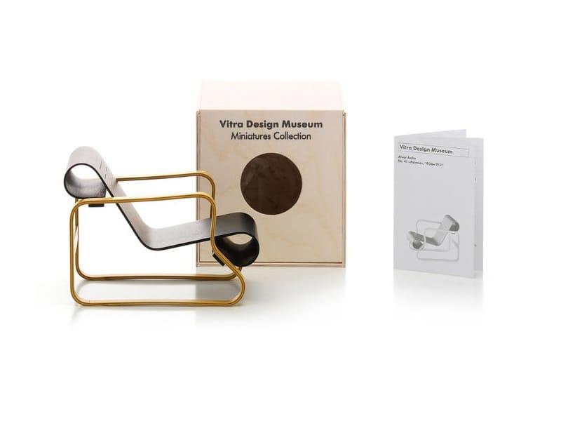 Soprammobile miniatures art 41 paimio collezione for Mobili bauhaus repliche