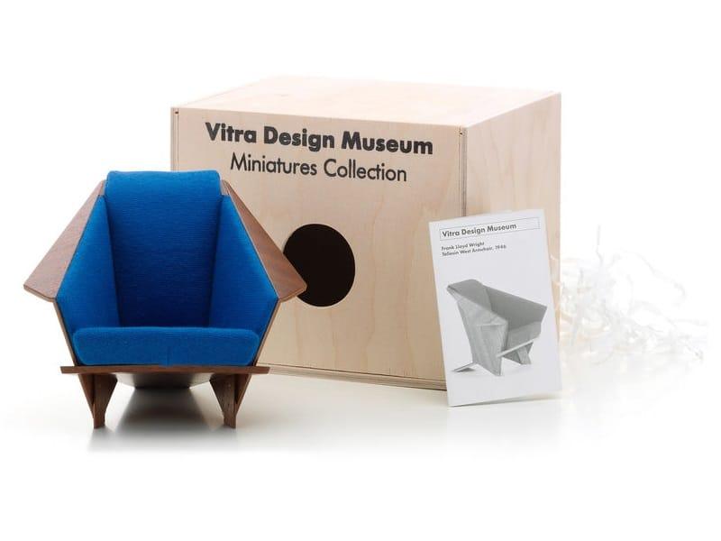 Soprammobile miniatures taliesin west armchair collezione for Mobili bauhaus repliche