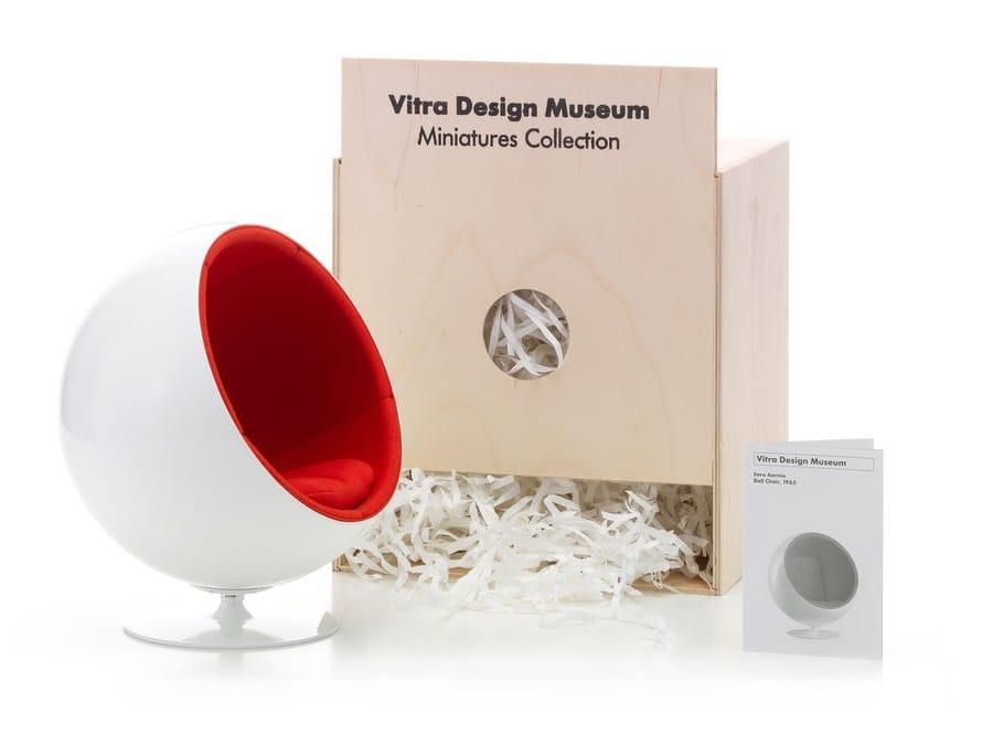 Soprammobile miniatures ball chair collezione miniatures for Mobili bauhaus repliche