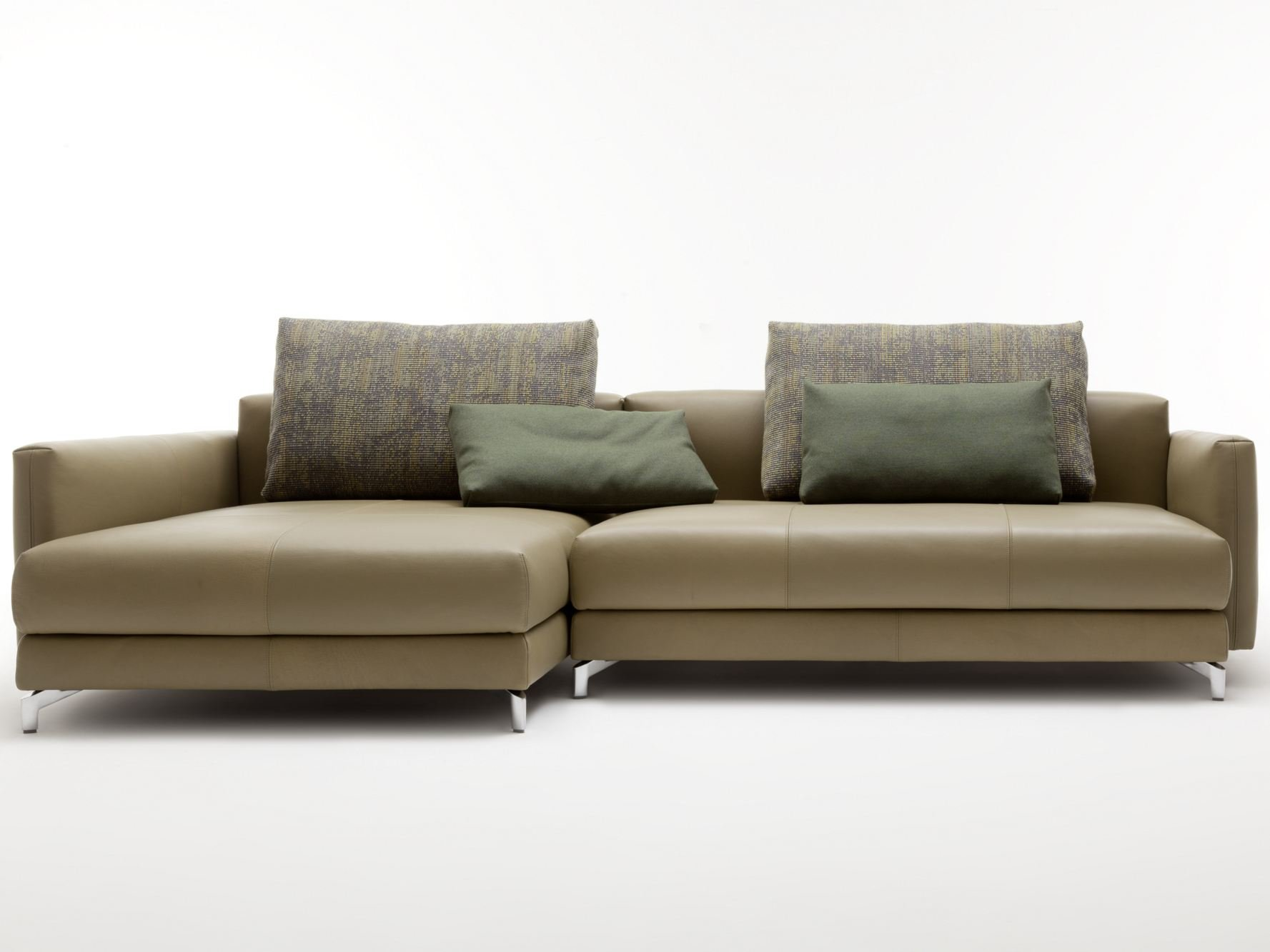 Benz sofas awesome rolf benz mio lounge sofas rolf benz for Benz couch