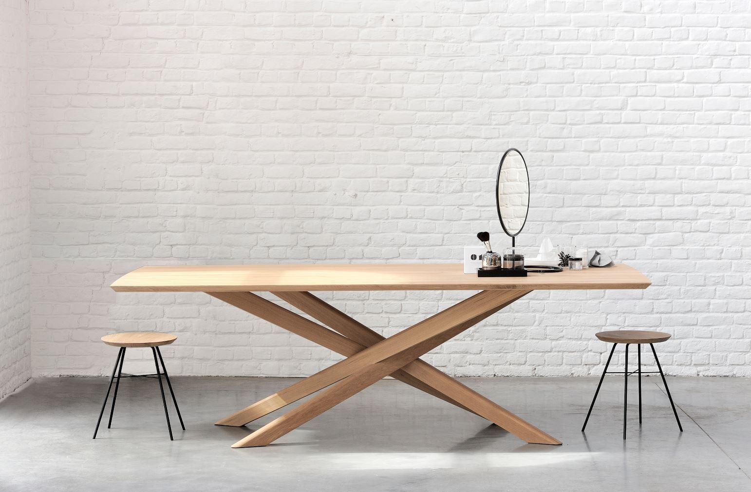 Oak mikado table by ethnicraft - Table massif rallonge ...