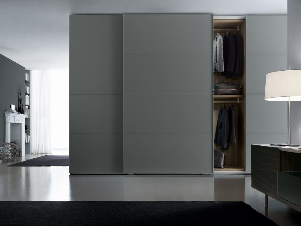 Lacquered Wardrobe With Sliding Doors One By Poliform