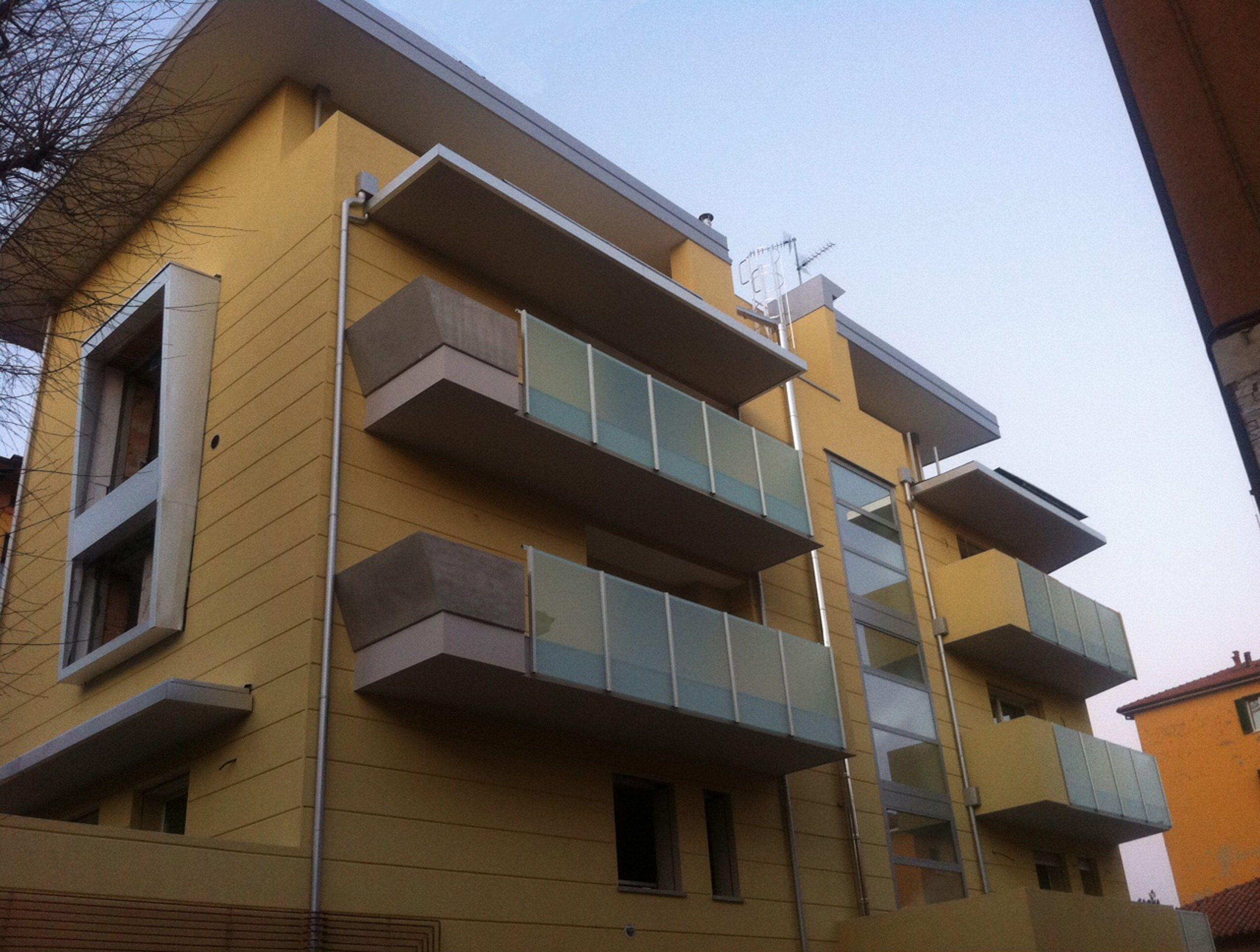 Garde corps en aluminium by aluscalae - Garde corps pour balcon ...