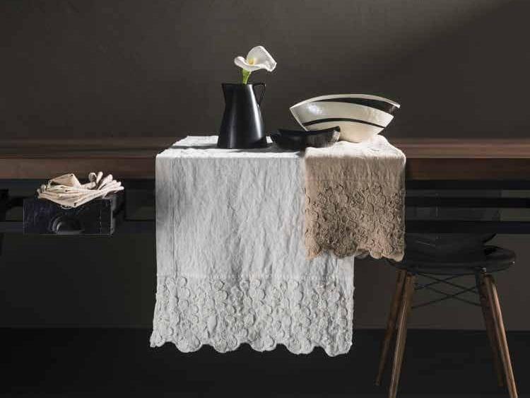 Linen tablecloth PRIMULA | Tablecloth Decor Collection By LA ...