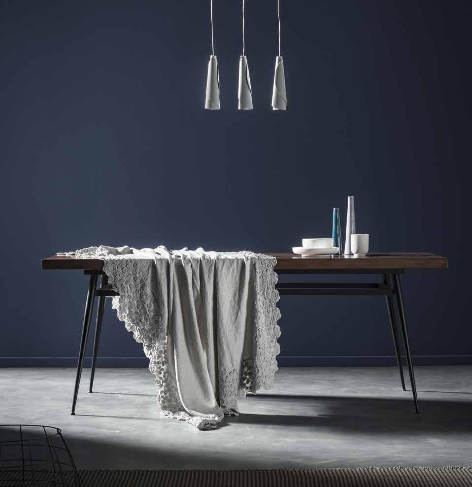 Tovaglia in lino primula collezione decor by la fabbrica - La fabbrica del lino letto ...
