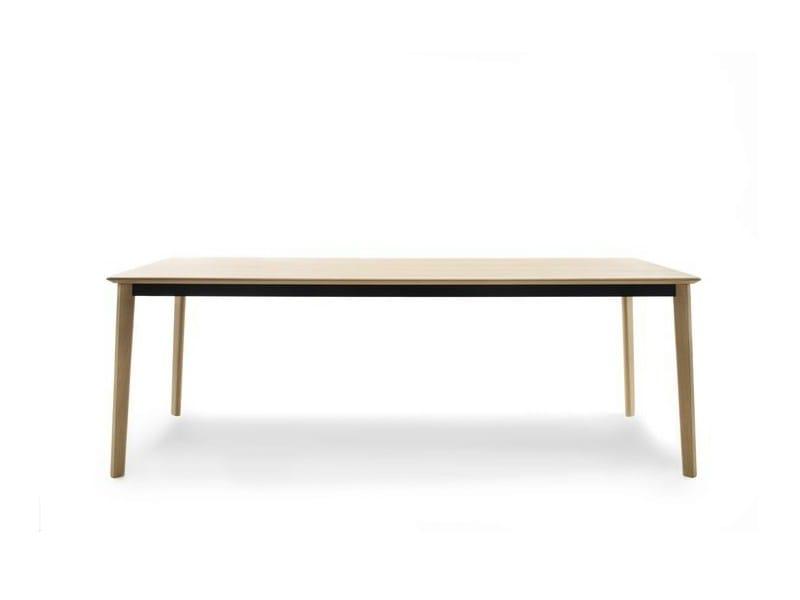 Tavolo Da Pranzo Triangolare ~ Idee Creative di Interni e Mobili