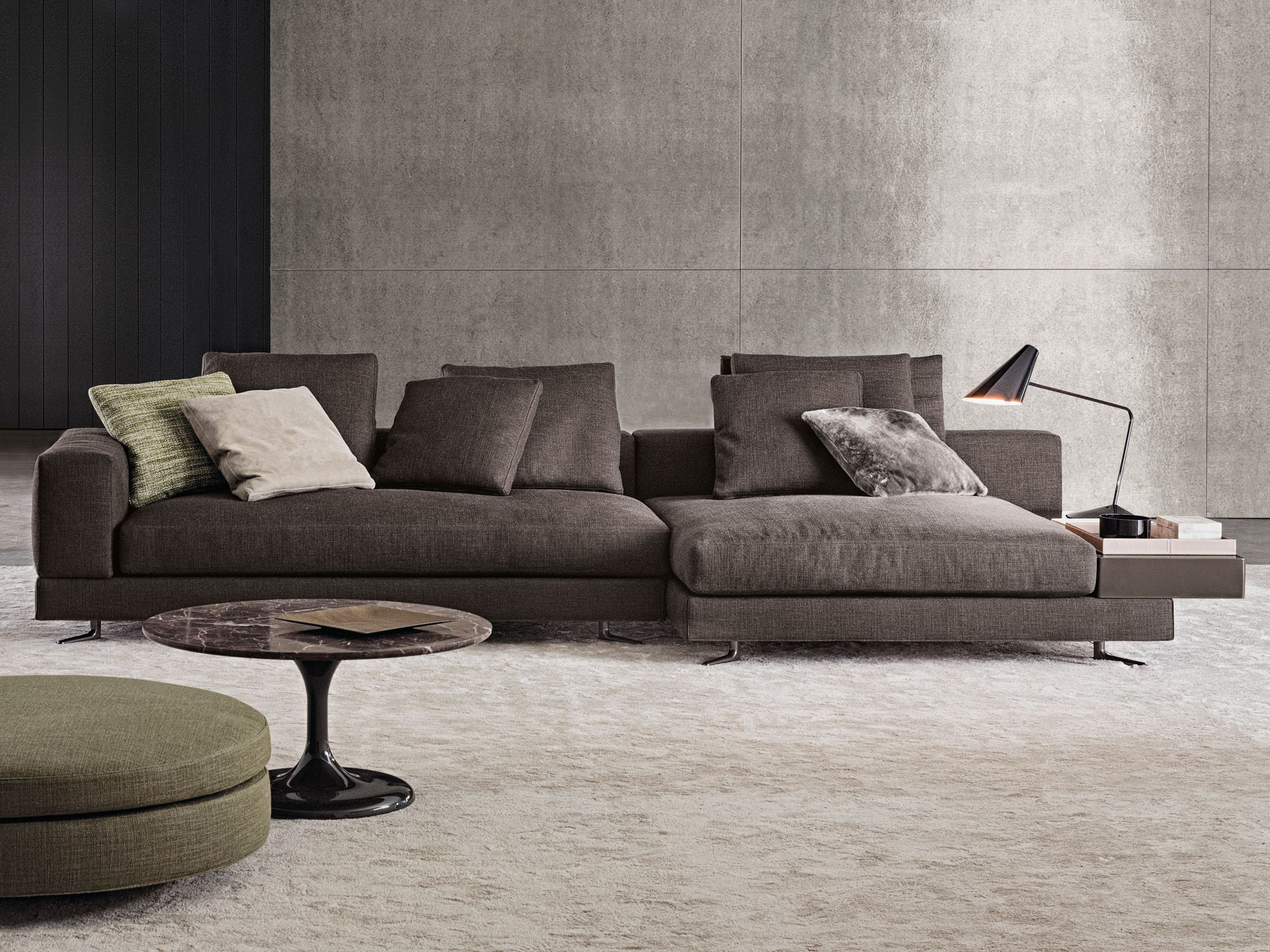 White fabric sofa by minotti for Divano minotti