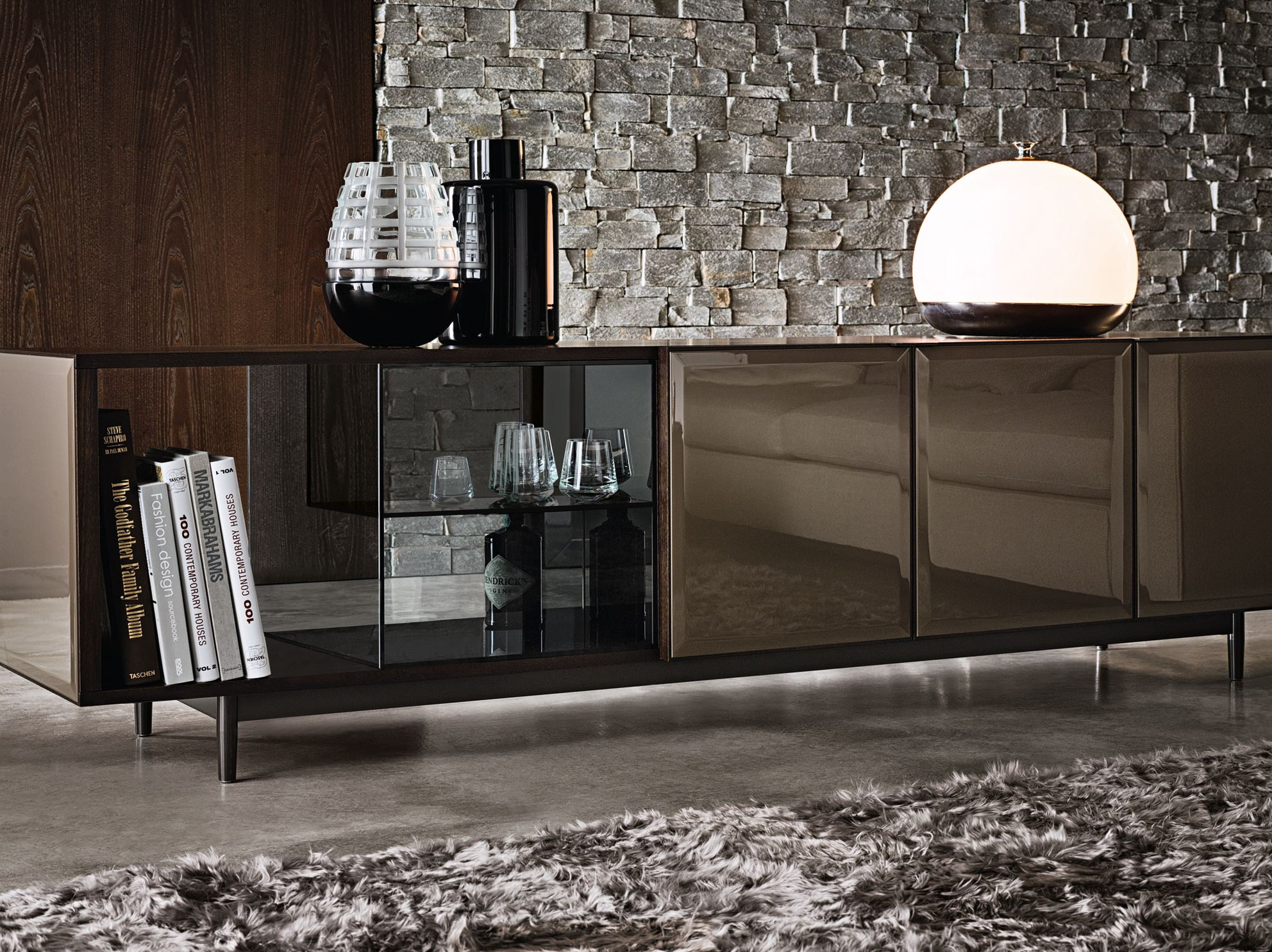 morrison sideboard by minotti design rodolfo dordoni. Black Bedroom Furniture Sets. Home Design Ideas