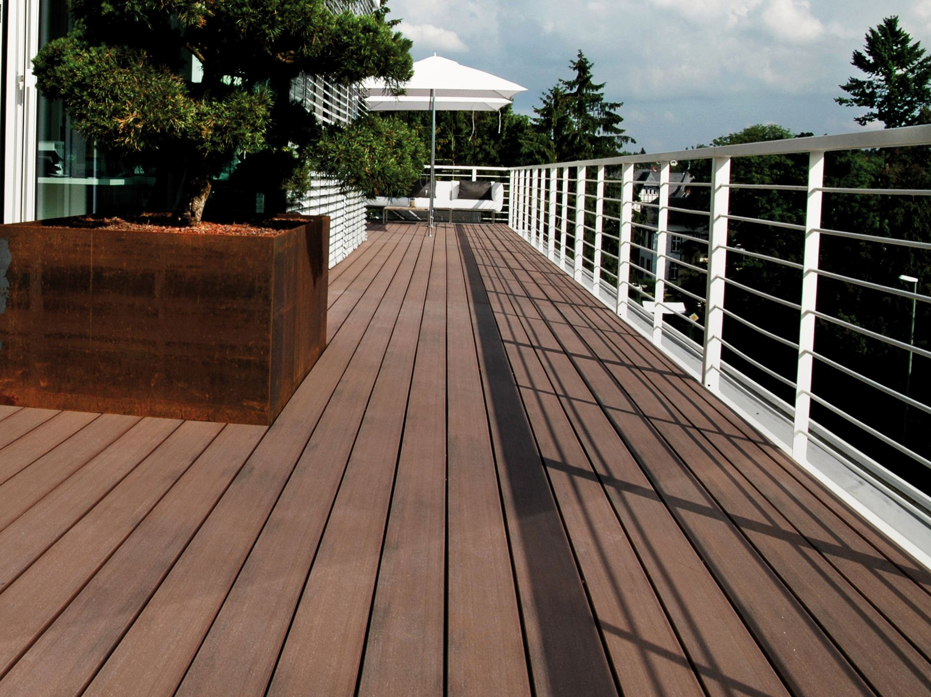 Wpc decking pure macao by mydeck for Wpc decking