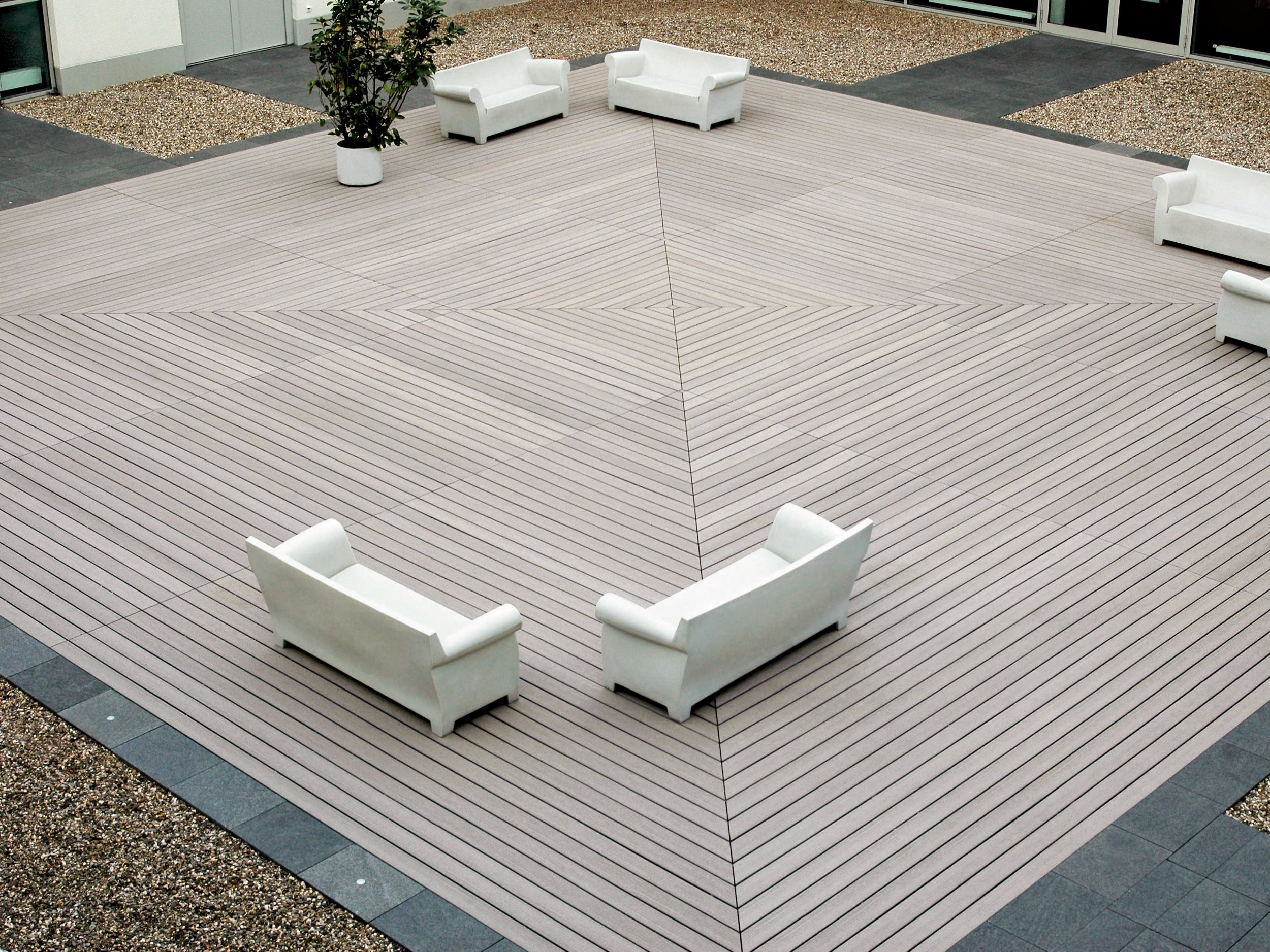 Wpc decking pure classic basalt by mydeck for Wpc decking