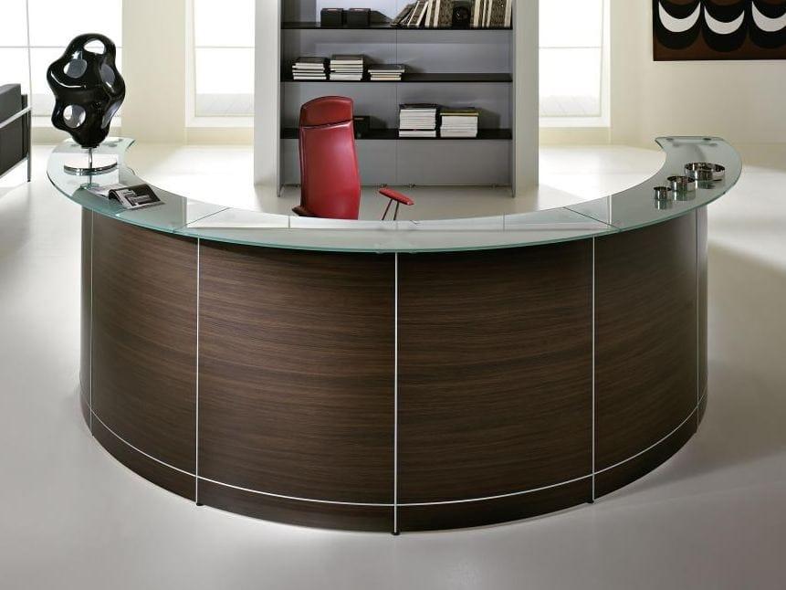 Banco per reception modulare in legno VOLTA by Las Mobili