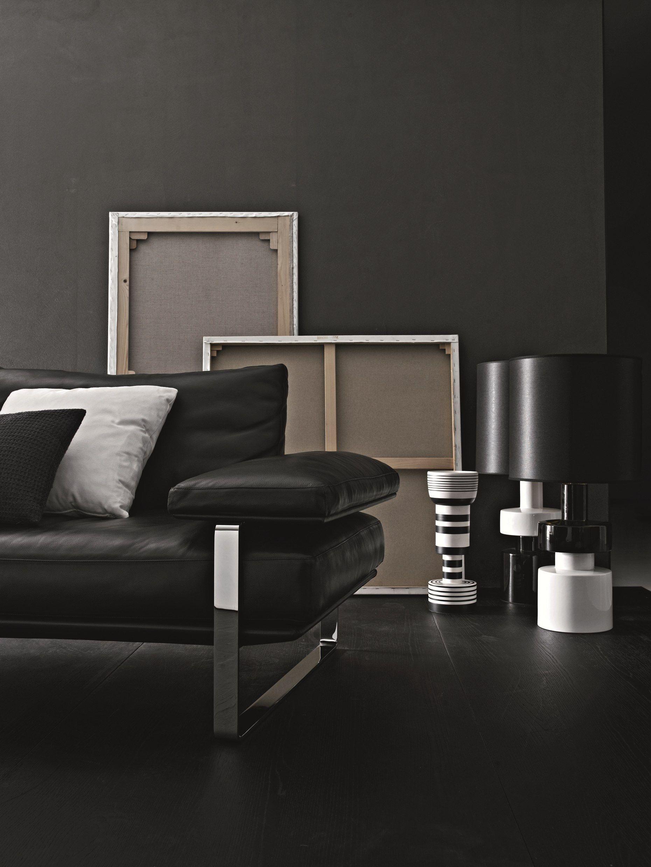 still divano in pelle by molteni c design foster partners