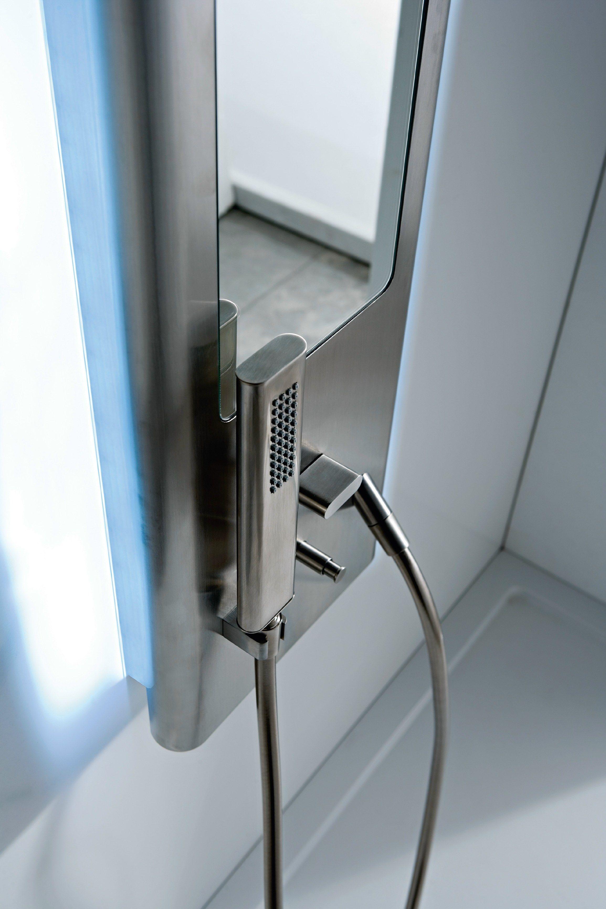 Pao spa colonna doccia by rubinetterie 3m design giancarlo - Doccia con led ...