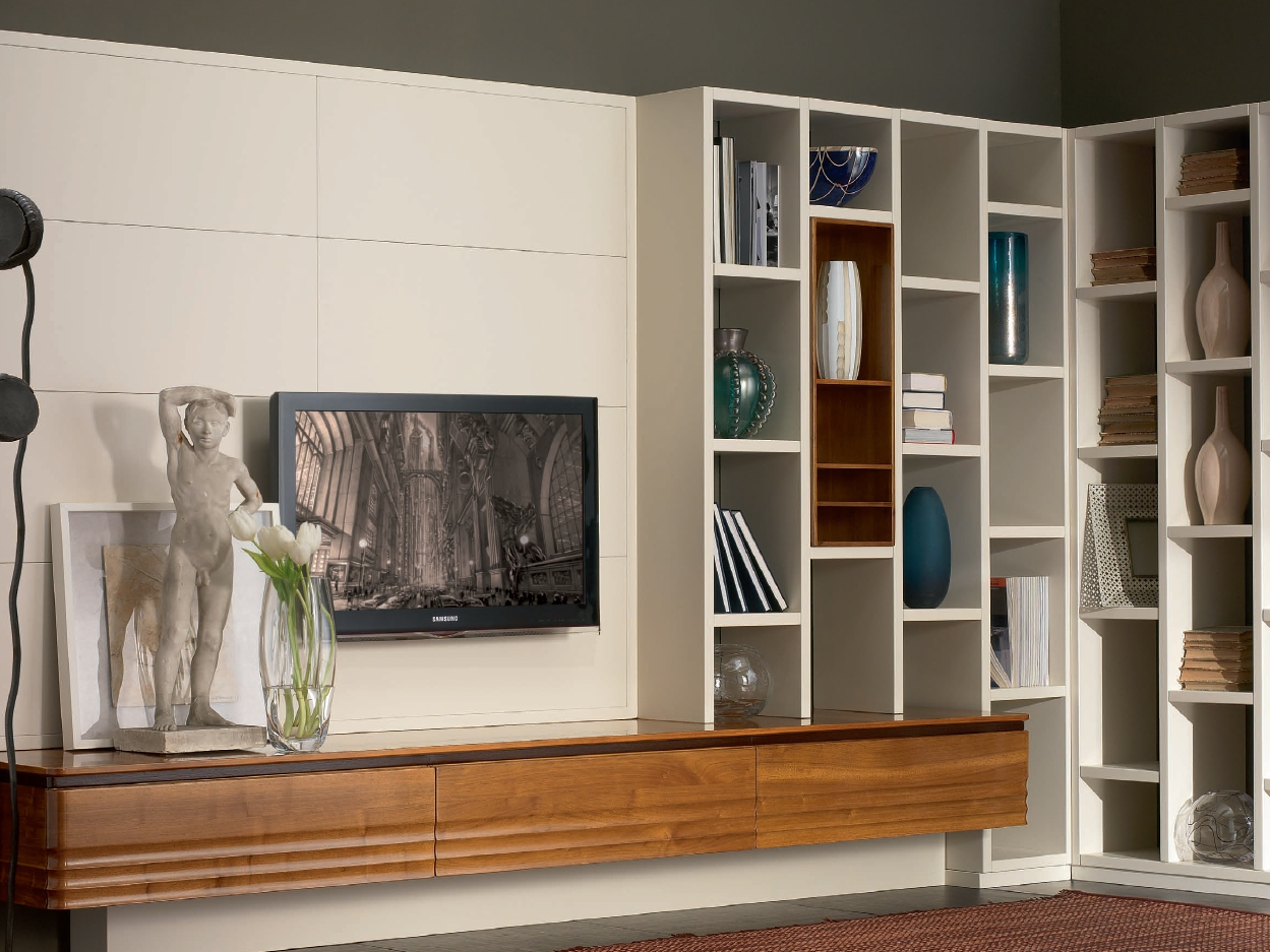Pareti Attrezzate In Legno Massello : Libreria / parete attrezzata in ...