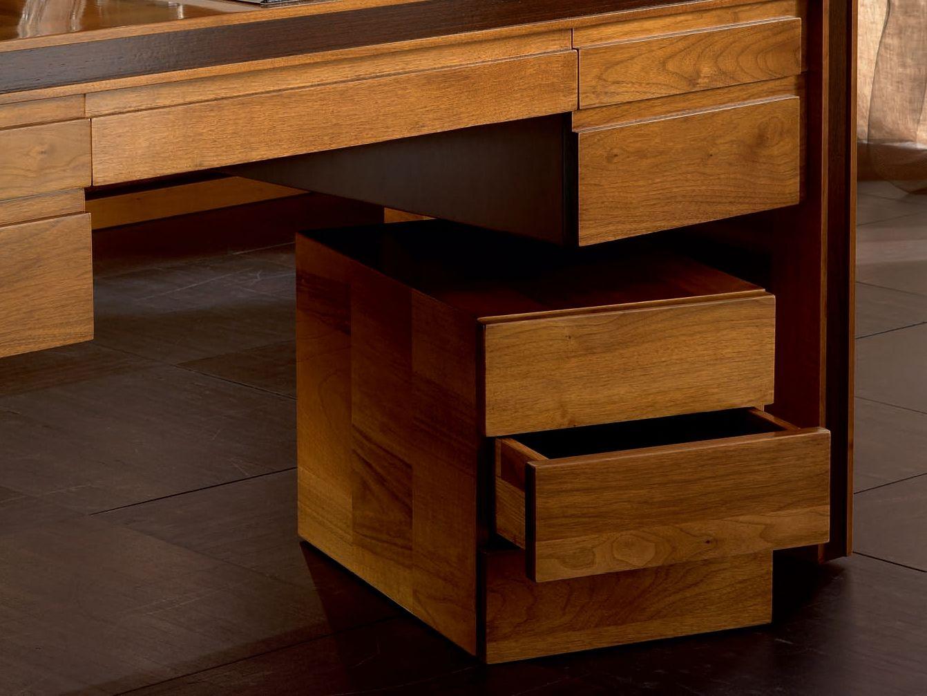 Caisson tiroirs en bois massif roulettes collection elettra day by cantiero - Caisson en bois ...