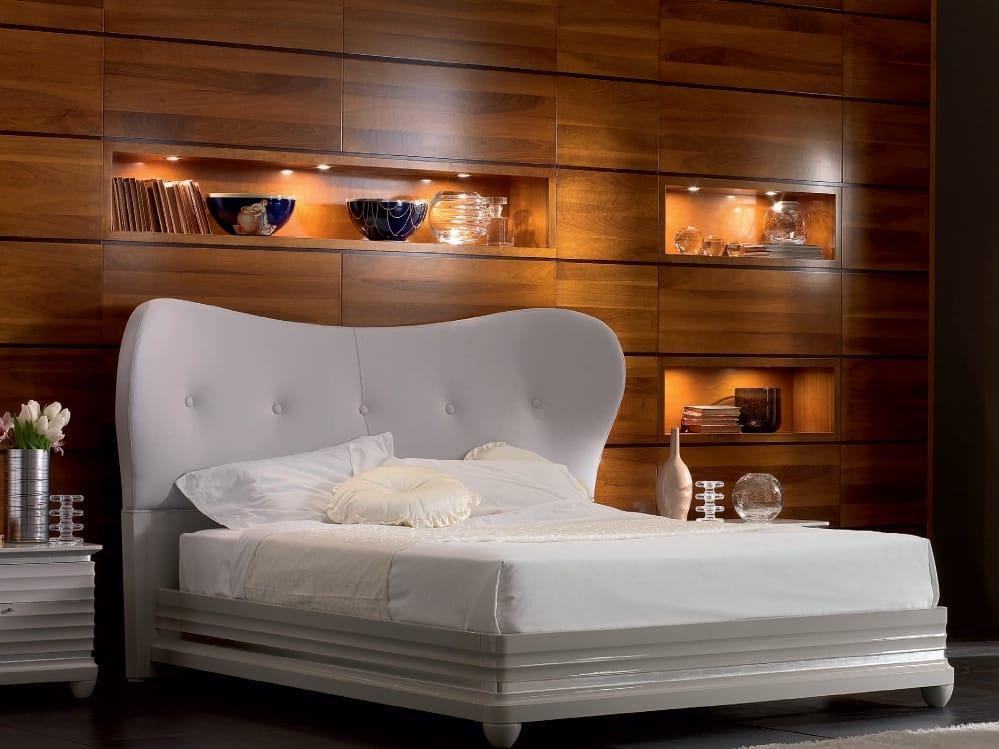 Letto matrimoniale in pelle elettra night letto in for Letto contenitore pelle