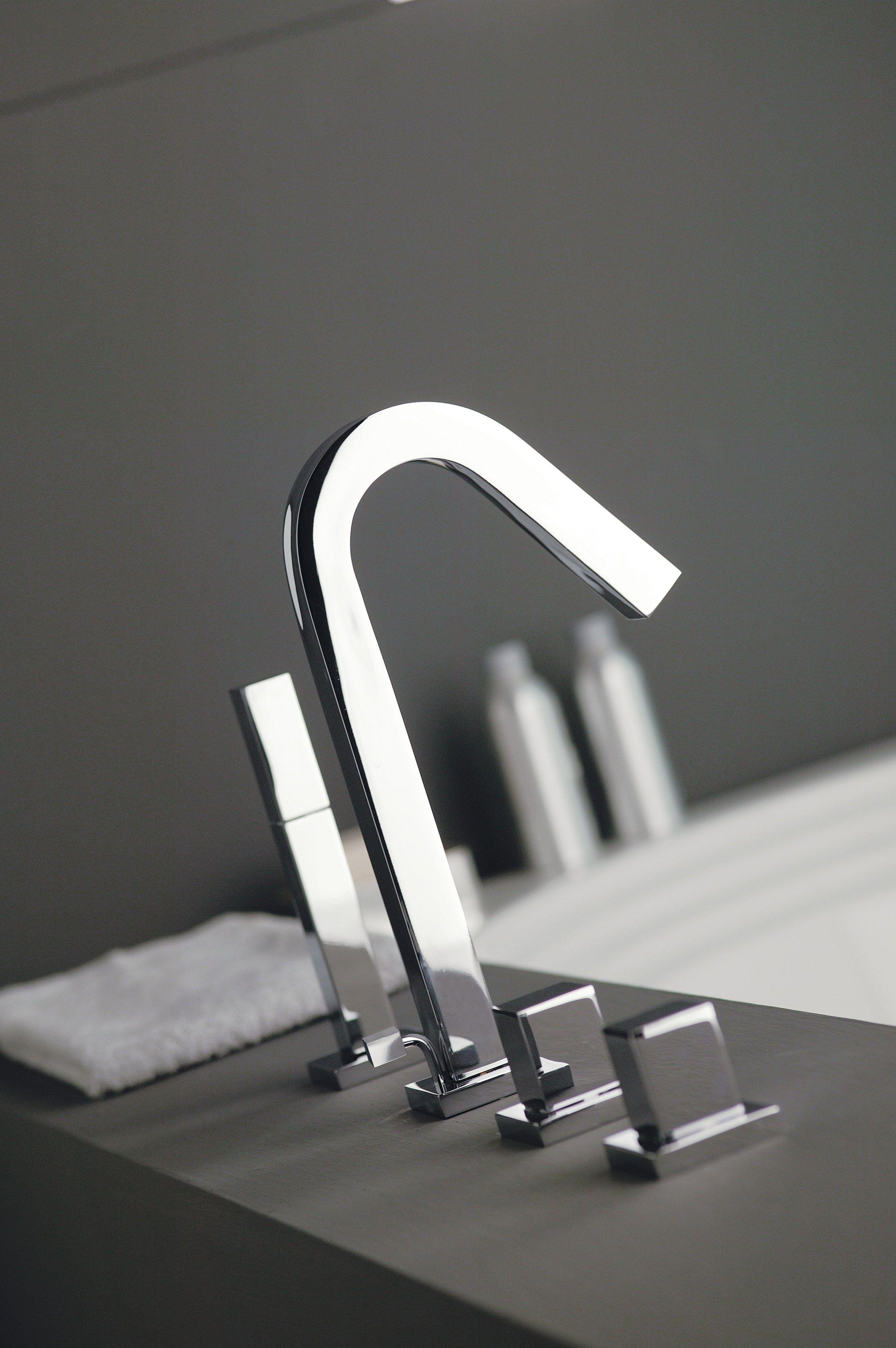 X change 4 hole bathtub set by rubinetterie 3m for Bathroom design 3m x 3m