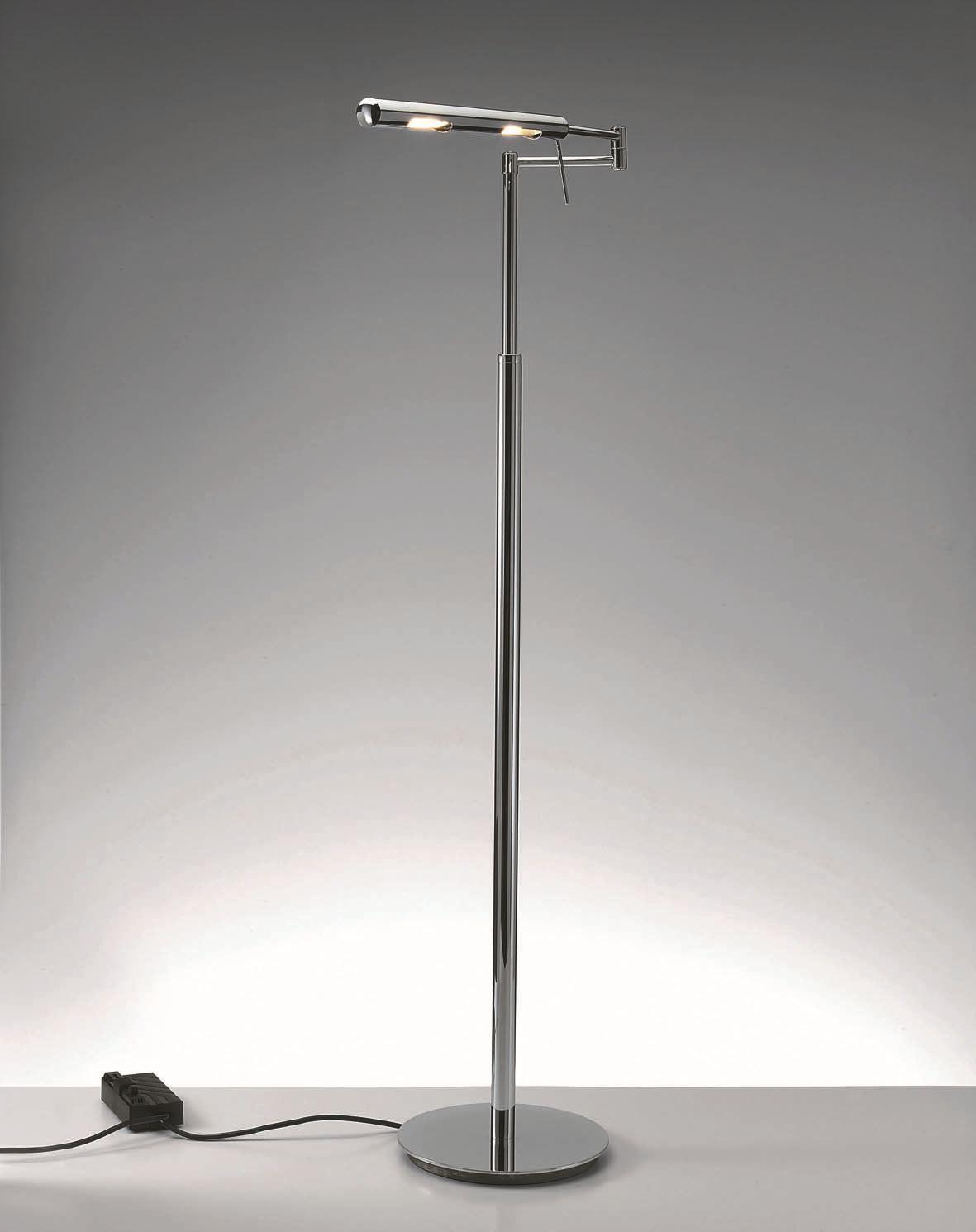 Lampada da terra ad altezza regolabile con dimmer dim l by for Altezza finestre da terra