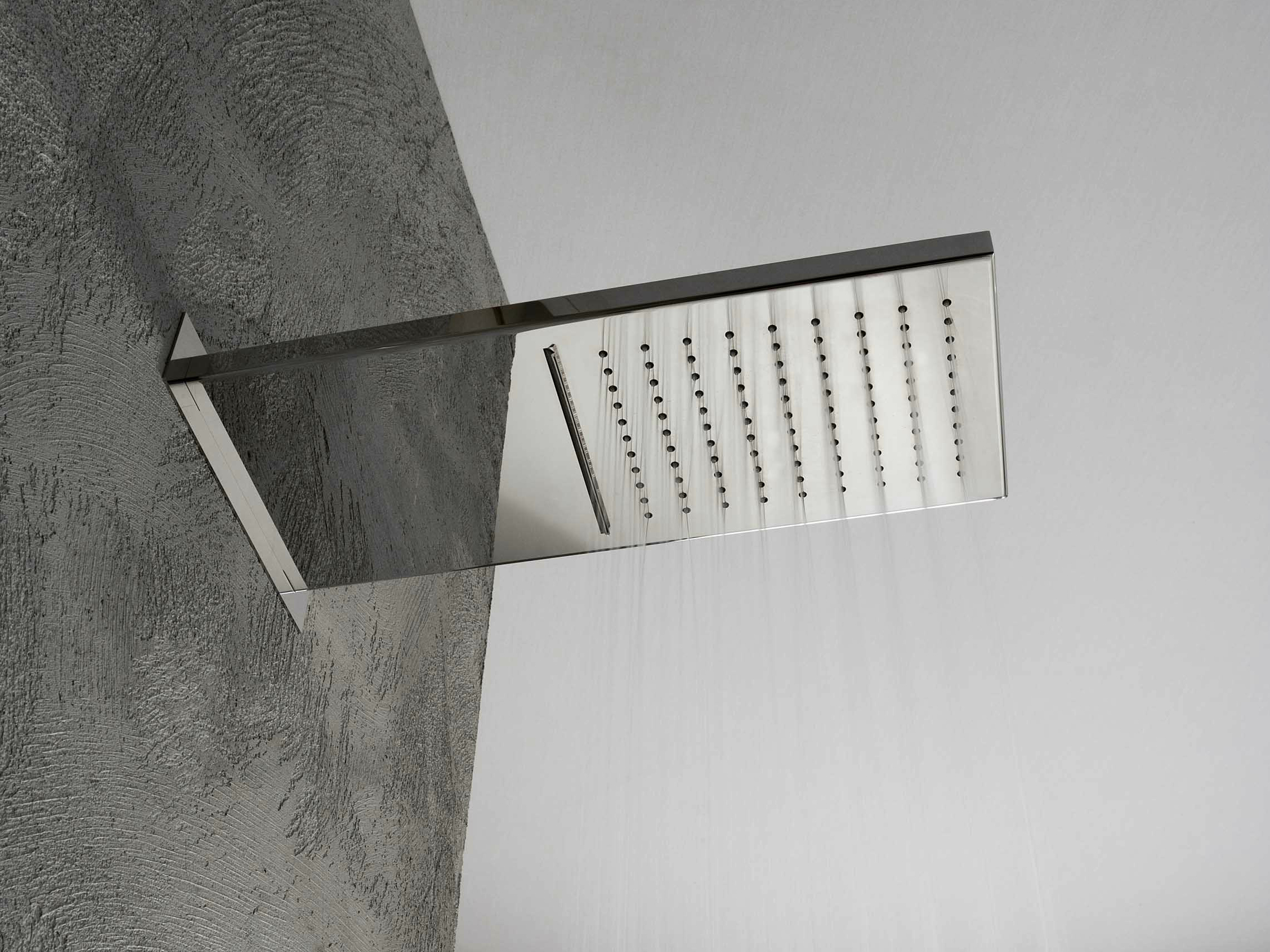 Showers soffione a muro by rubinetterie 3m for Cascata a muro