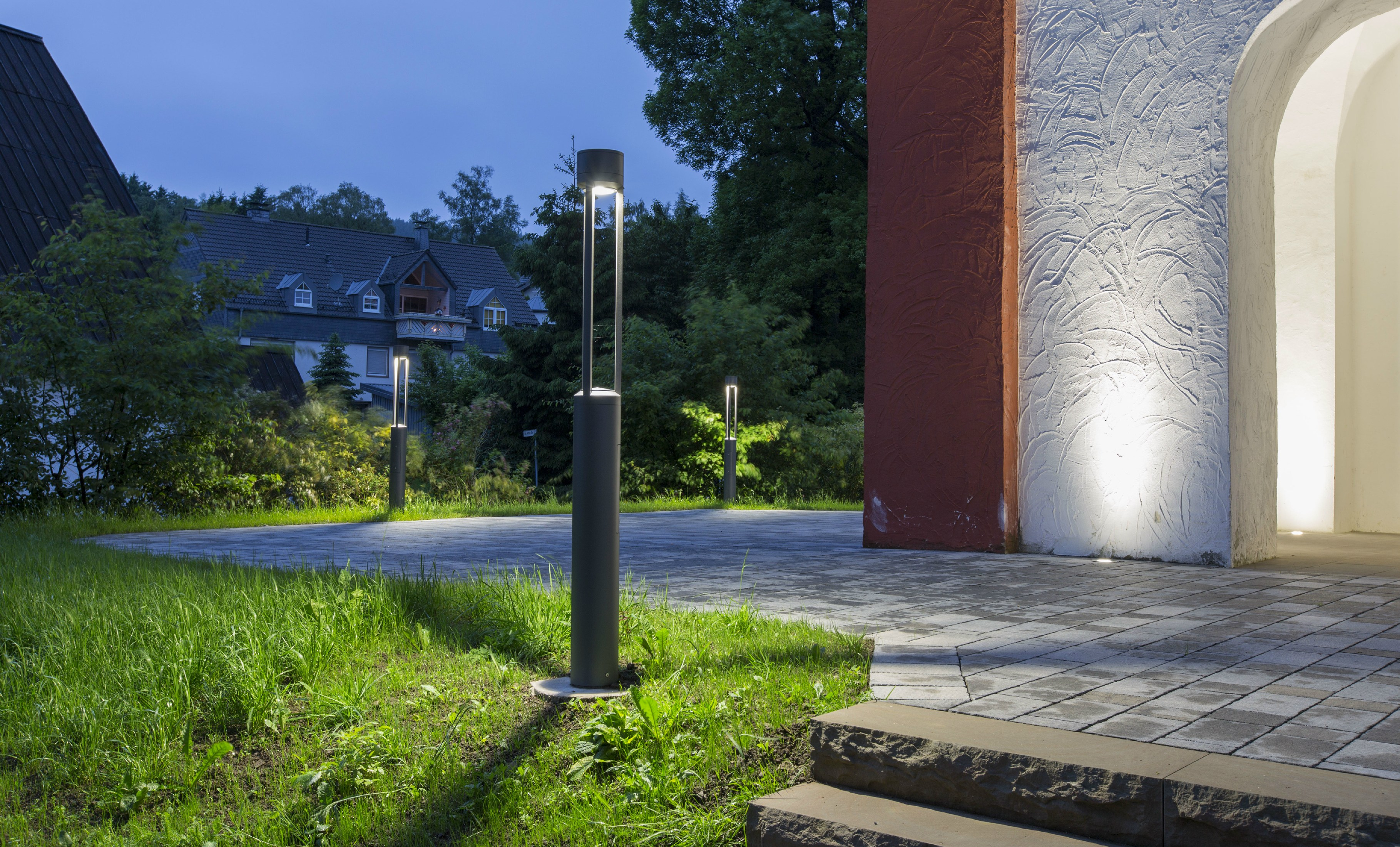 tris 1800 bollard light for public areas by platek On illuminazione arredo urbano