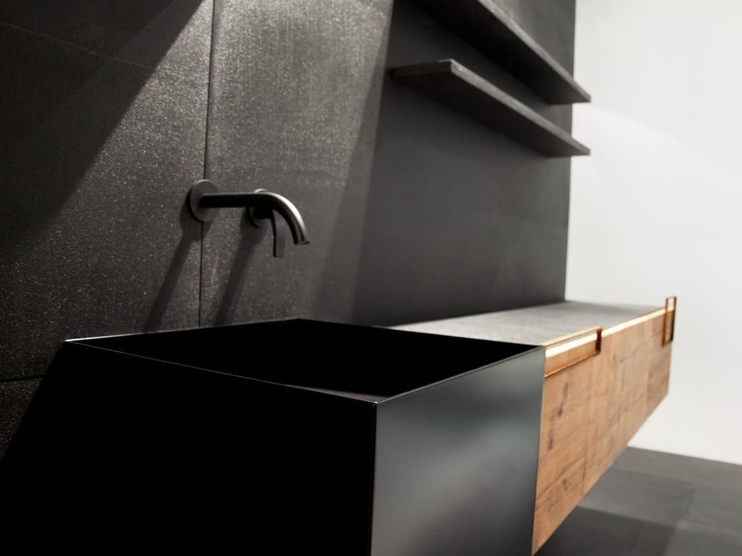 DOOR RE USED Móvel lavatório com portas by Moab 80 design Gabriella  #915F3A 1062 796