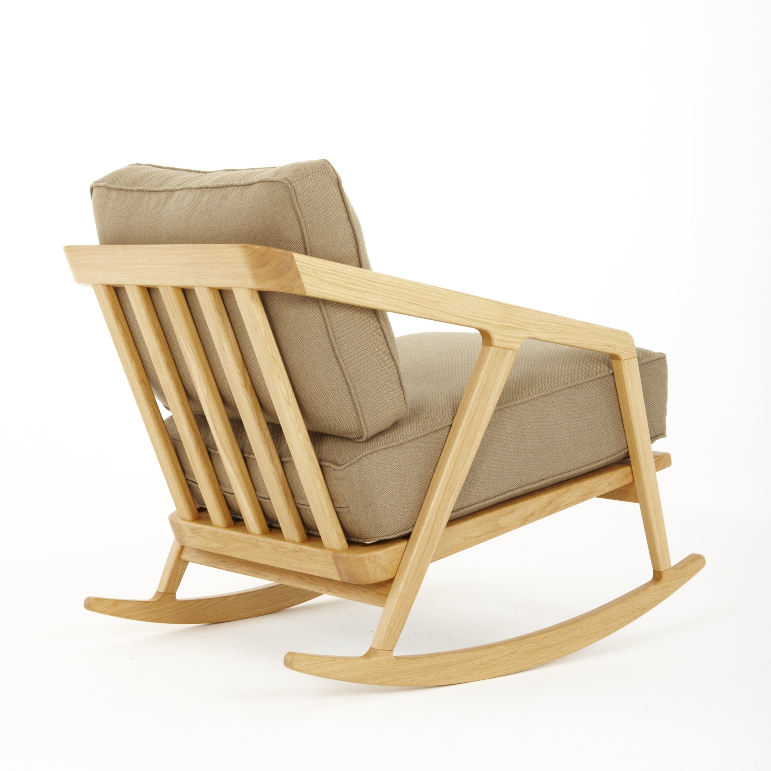 Katakana chaise bascule by dare studio design sean dare for Chaise 0 bascule