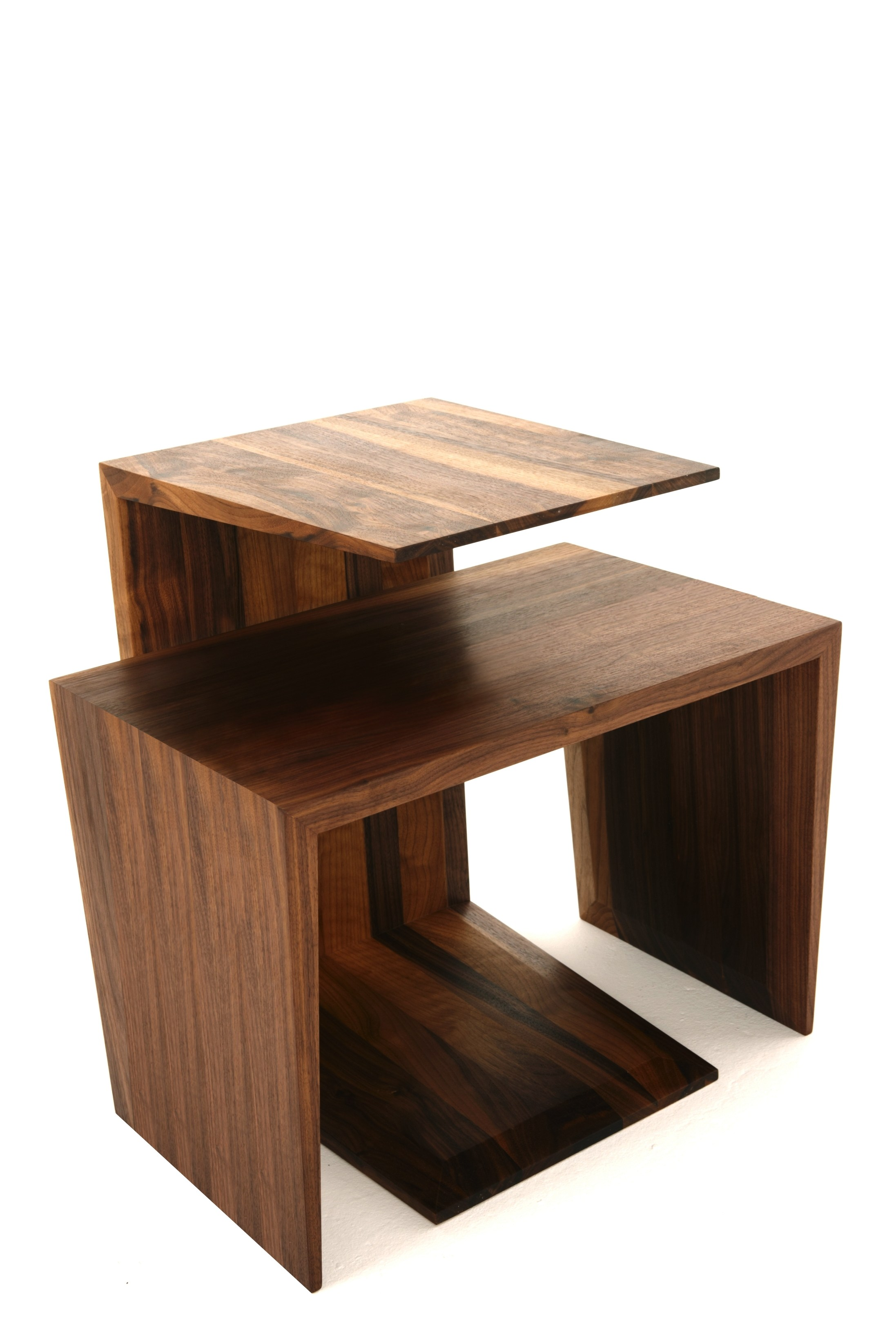 Table basse rectangulaire en noyer de salon monarch by dare studio design sean dare - Table de salon rectangulaire ...
