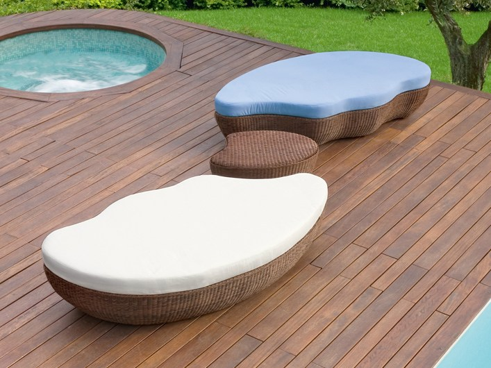 les iles gartenbett by roberti rattan. Black Bedroom Furniture Sets. Home Design Ideas