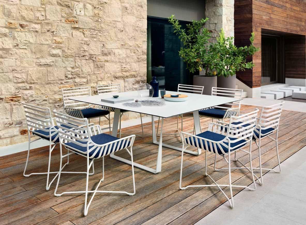 Hamptons graphics mesa de jard n cuadrada by roberti - Mesas de rattan ...