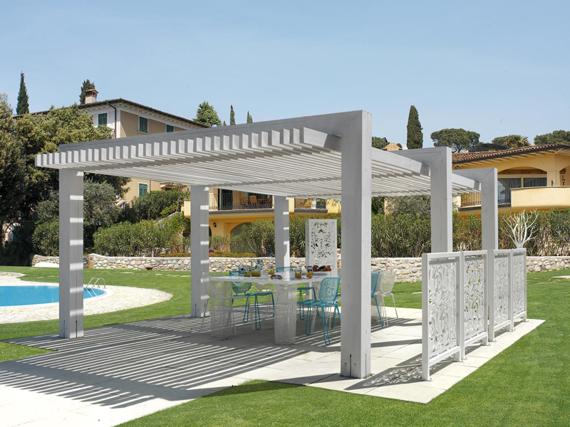 terrassen berdachung aus holz sunscreen pergola by cagis. Black Bedroom Furniture Sets. Home Design Ideas