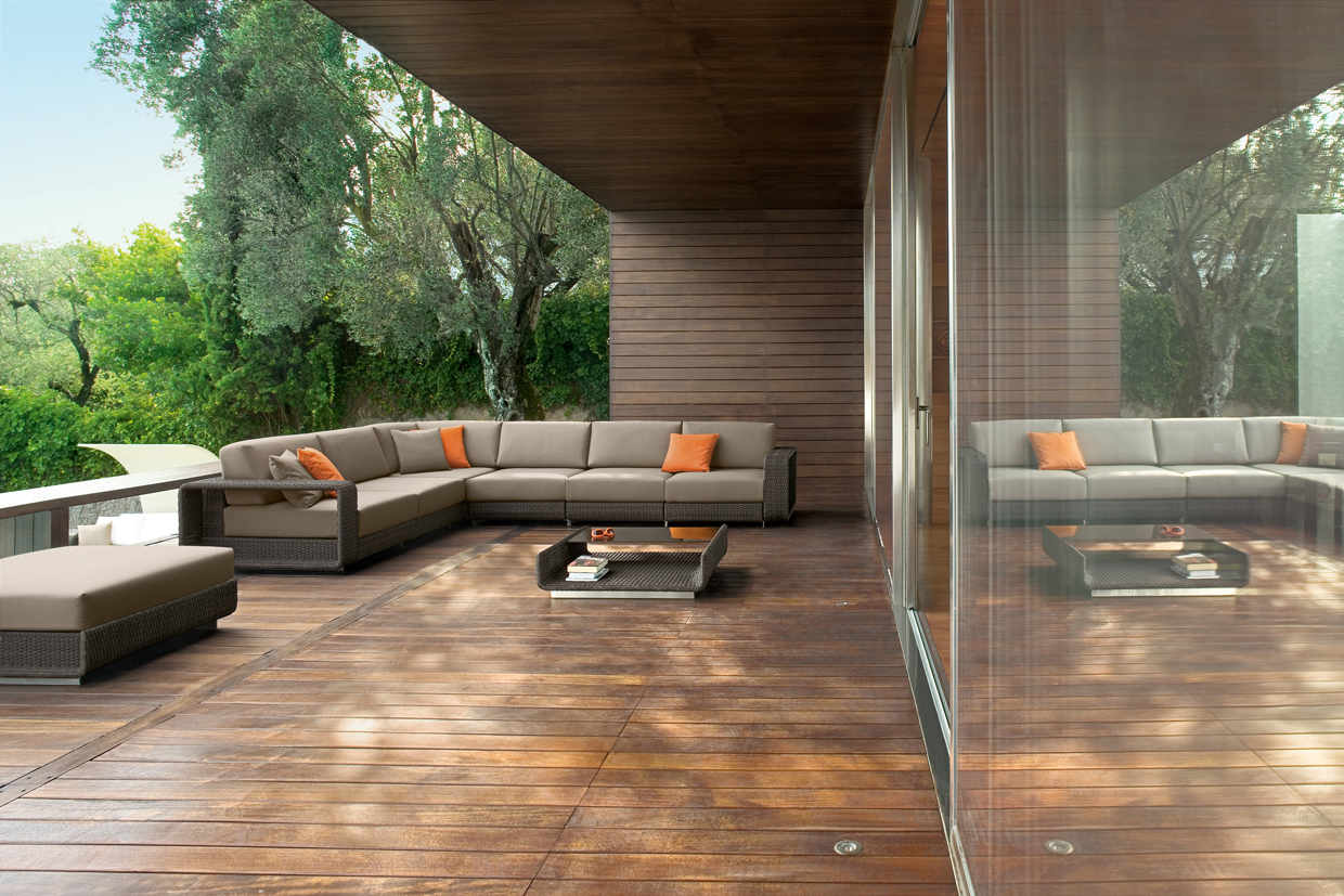 ... HAMPTONS COLLECTION BY ROBERTI RATTAN  DESIGN GIAN VITTORIO PLAZZOGNA
