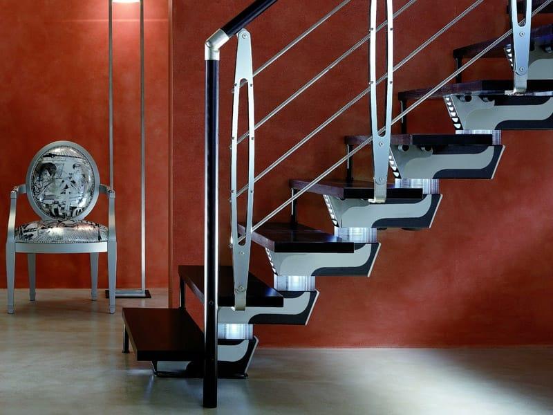 Escalera abierta de eje central knock design by rintal for Escaleras rintal