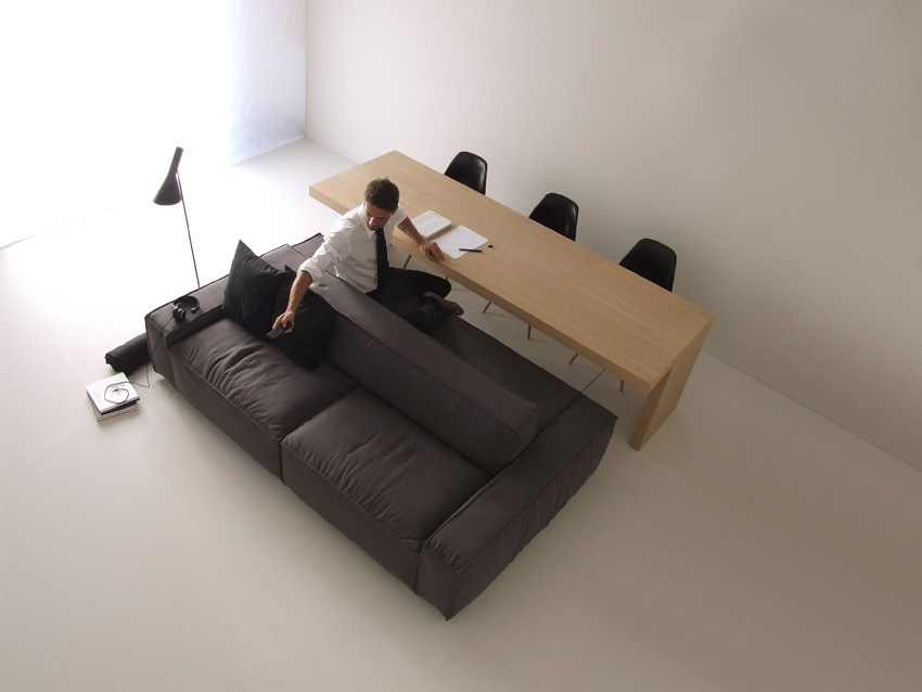 Isolagiorno easy solid by layout isolagiorno by farm for Sofa table placement